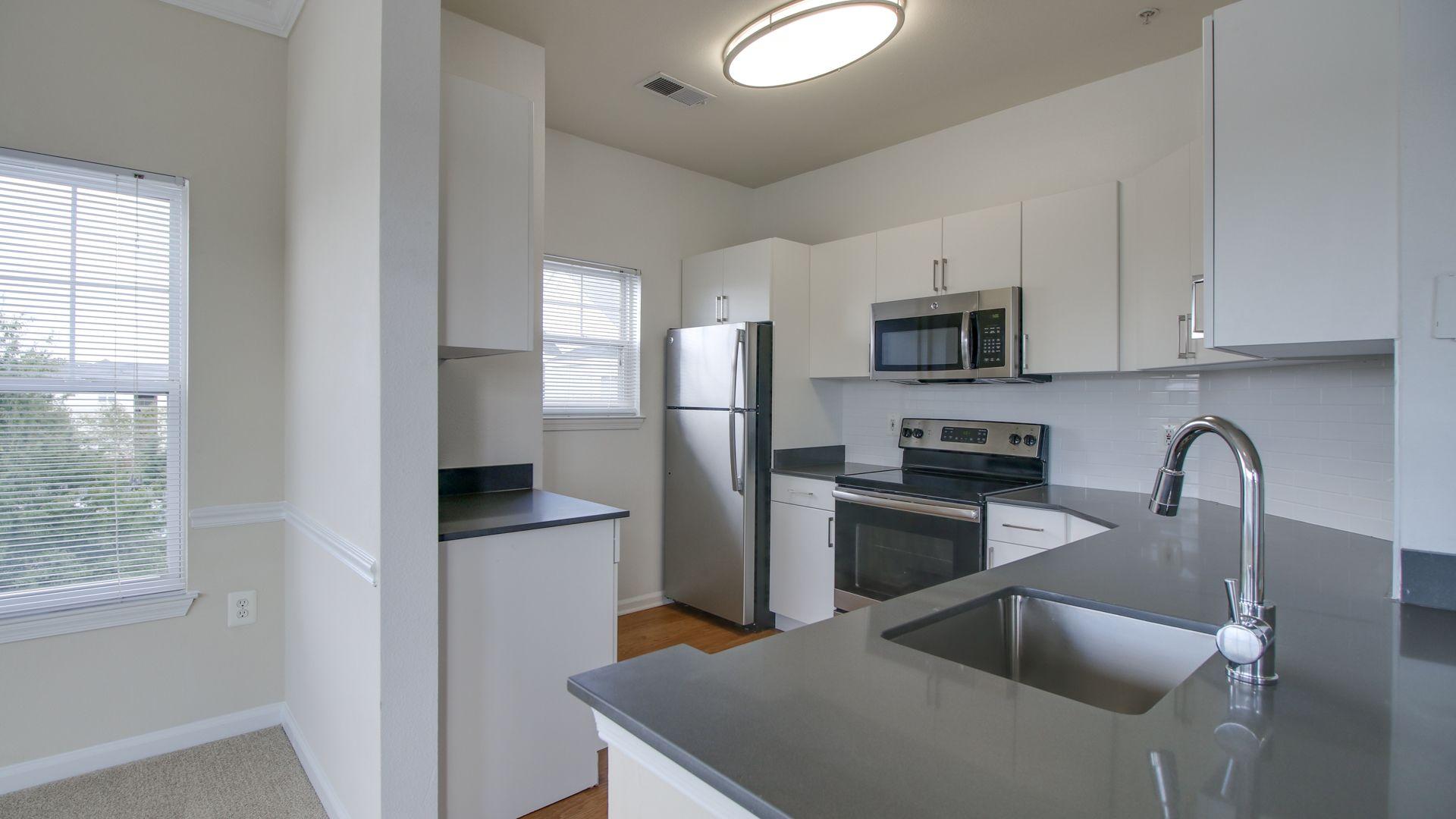 Reserve at Potomac Yard Apartments - The Lafayette Kitchen
