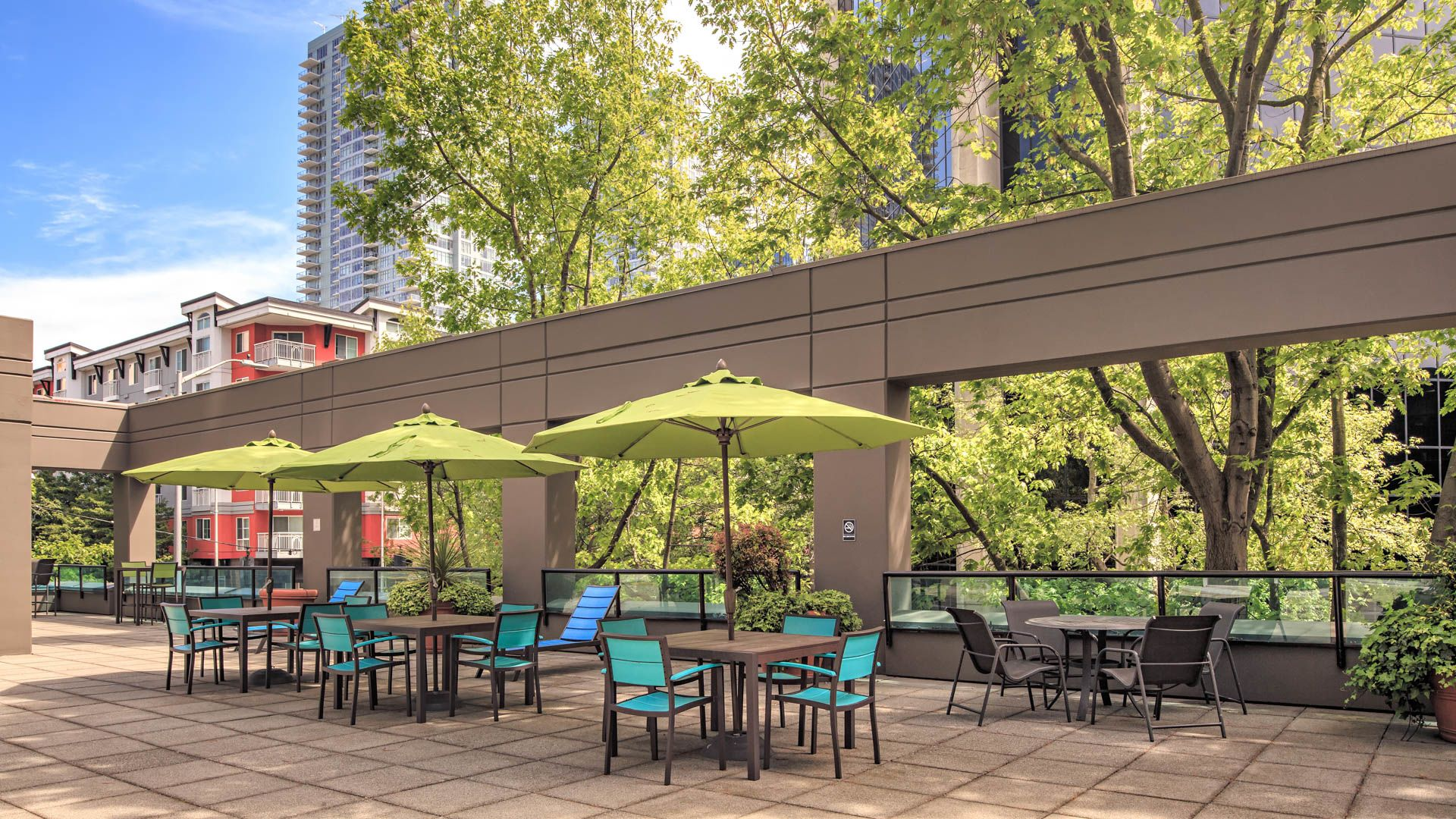 Centennial Tower and Court Apartments - Patio