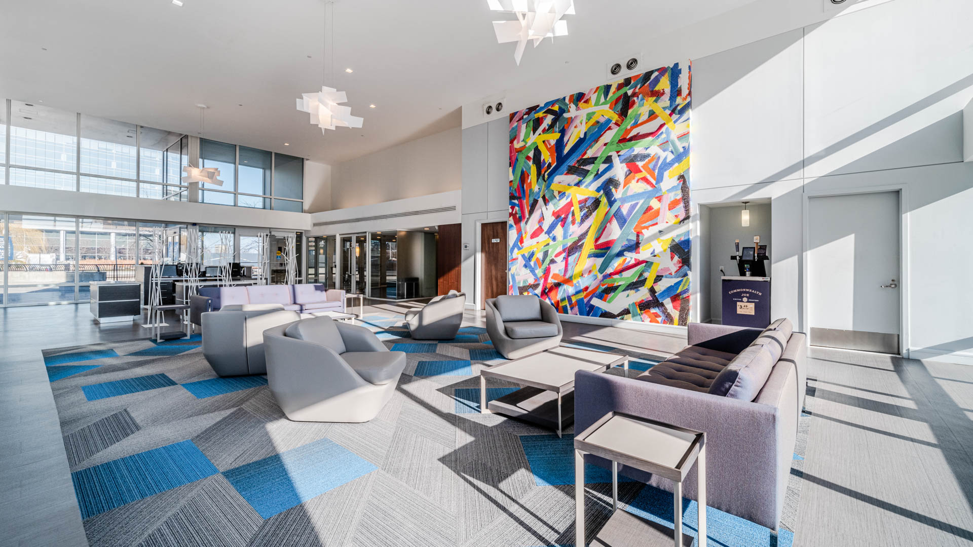 The Pier Apartments - Lobby