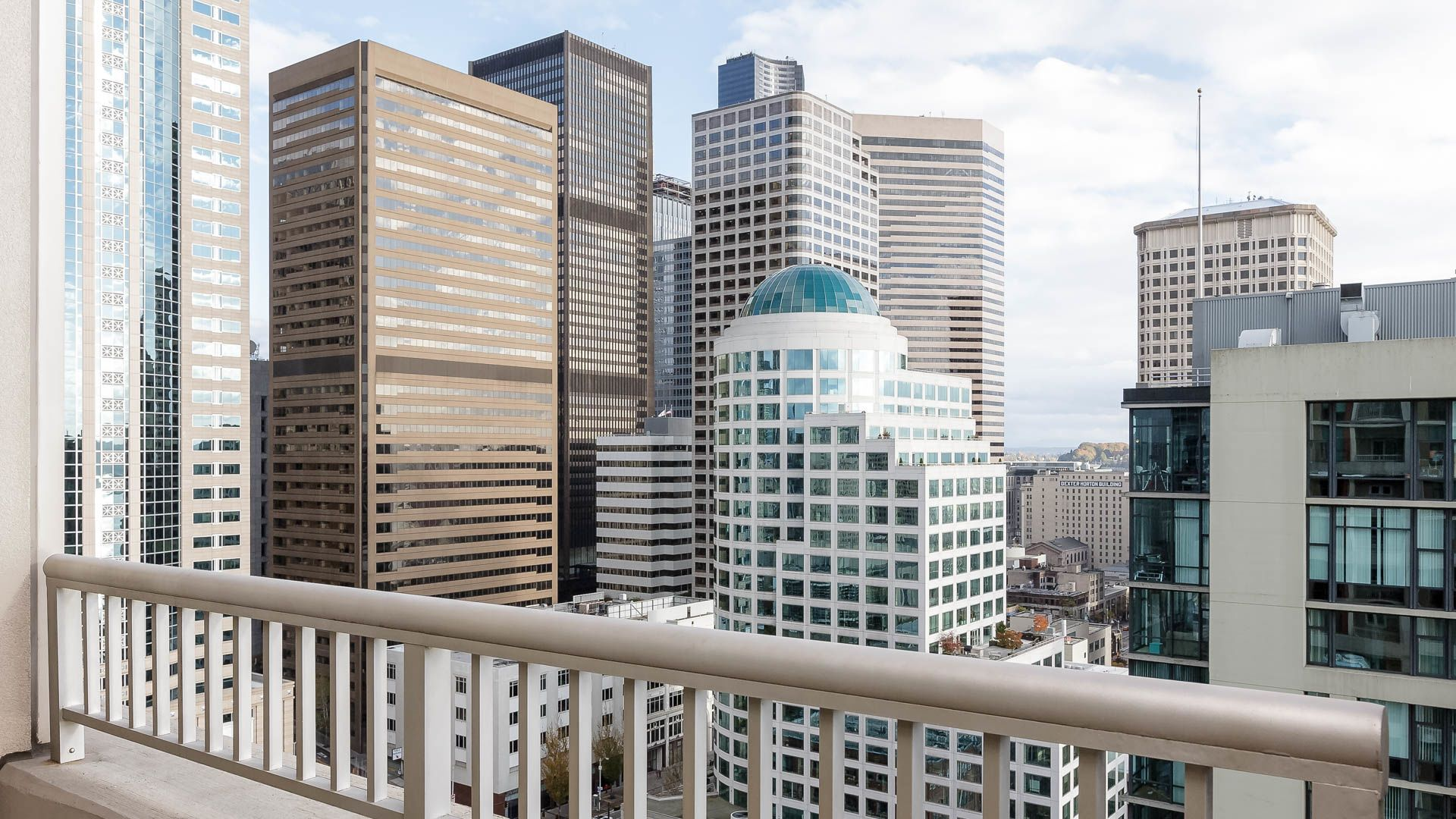 Harbor Steps Apartments Reviews In Downtown Seattle 1221 First Avenue Equityapartments