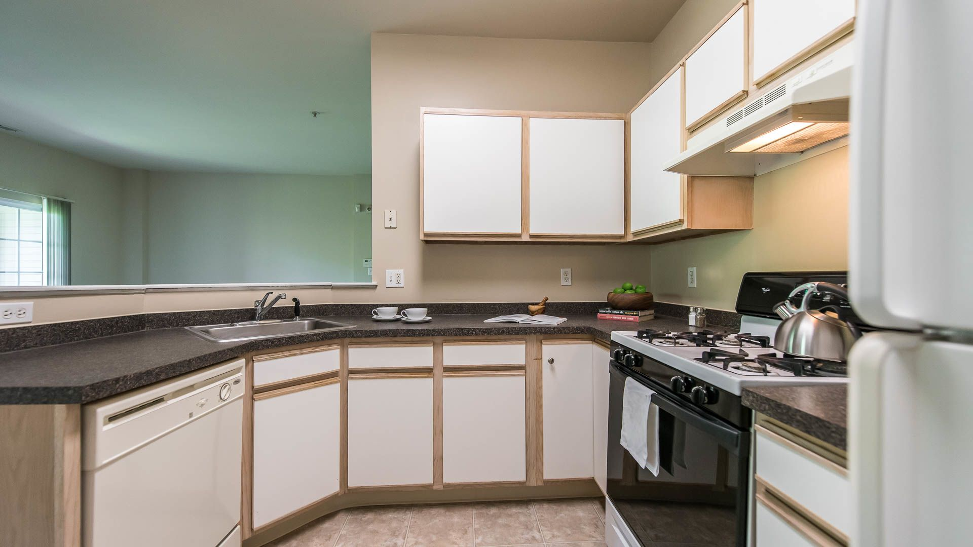 Superbe The Highlands At South Plainfield Apartments Reviews In South Plainfield    1300 Cook Lane | EquityApartments.com