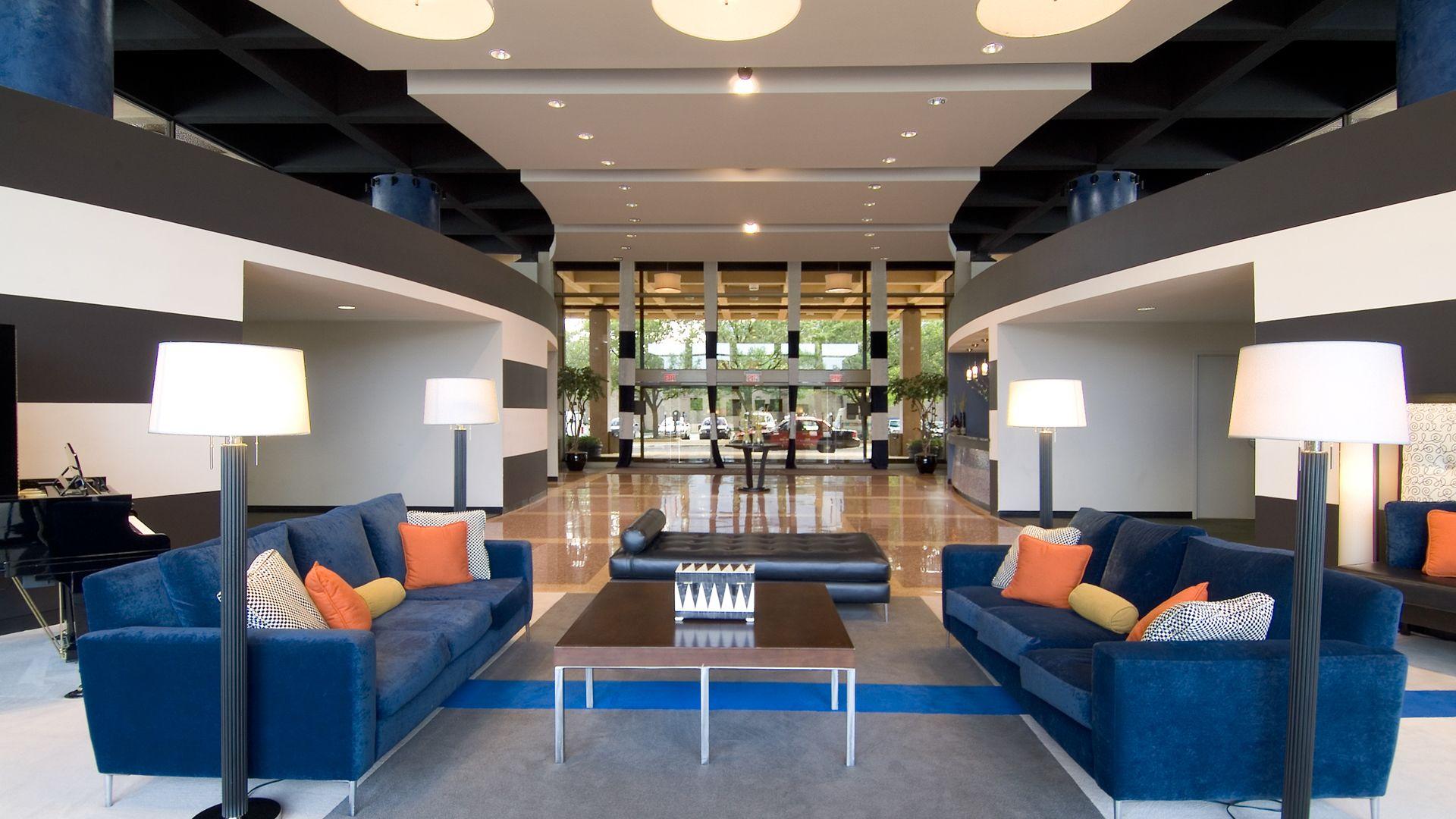 Skyline Towers Apartments - Lobby