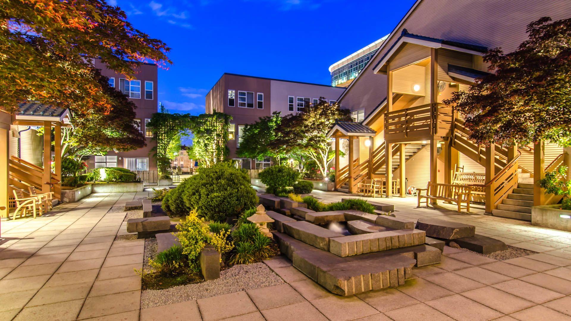 Uwajimaya Village Apartments - Courtyard