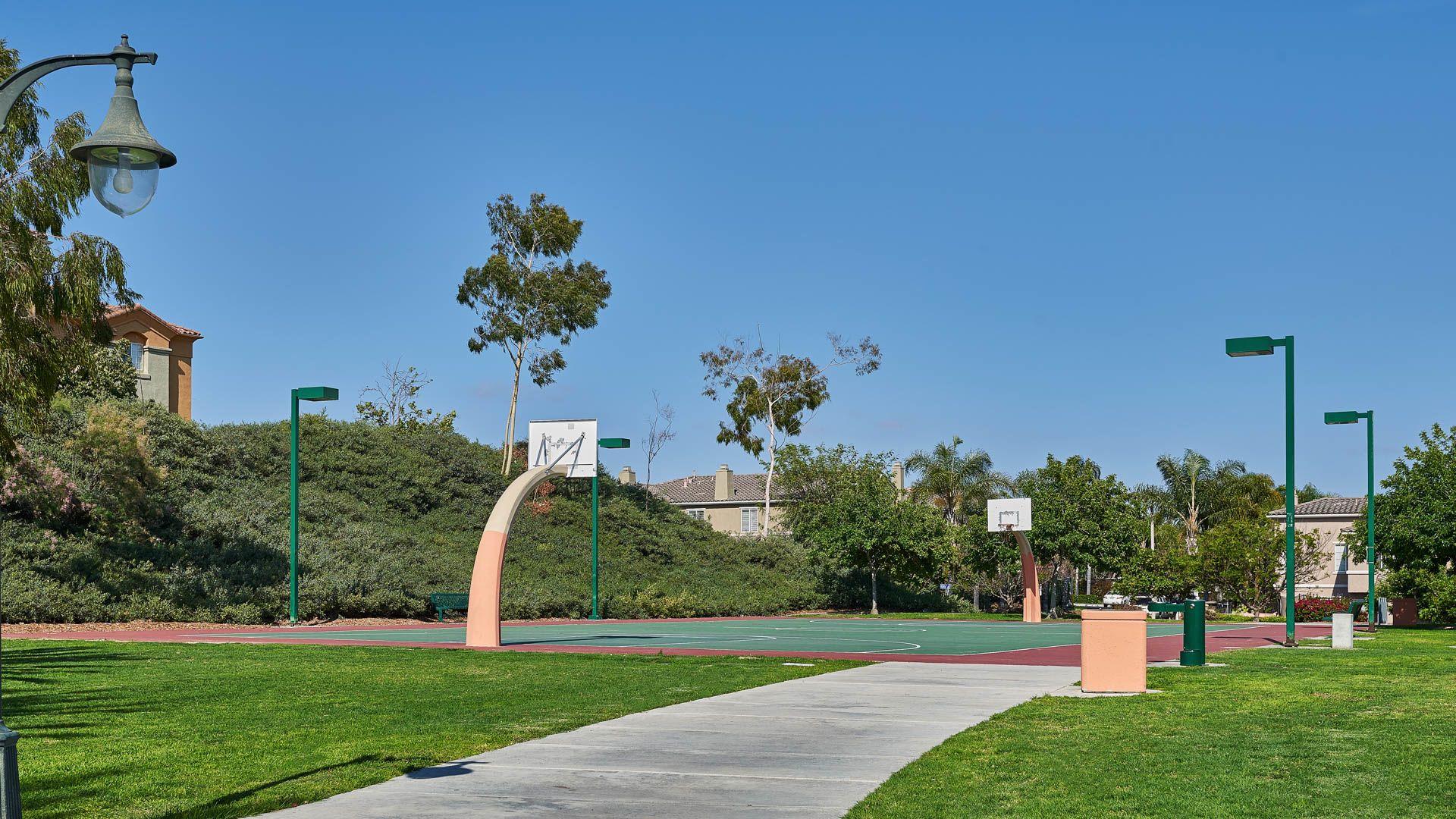 Teresina Apartments - Basketball Court