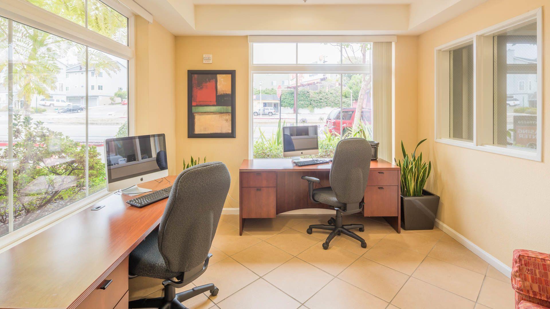 La Terrazza Apartments - Business Center