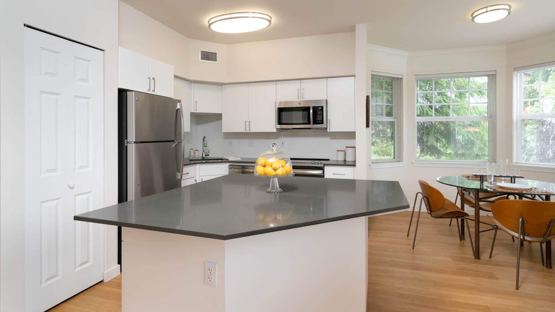 The-Reserve-at-Town-Center-Kitchen-Dining-Room