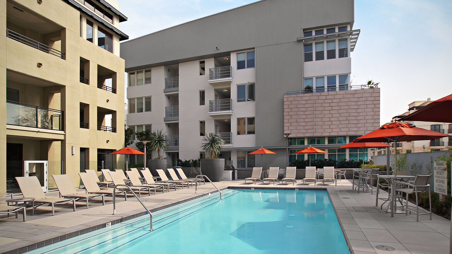 Westgate Apartments - Swimming Pool