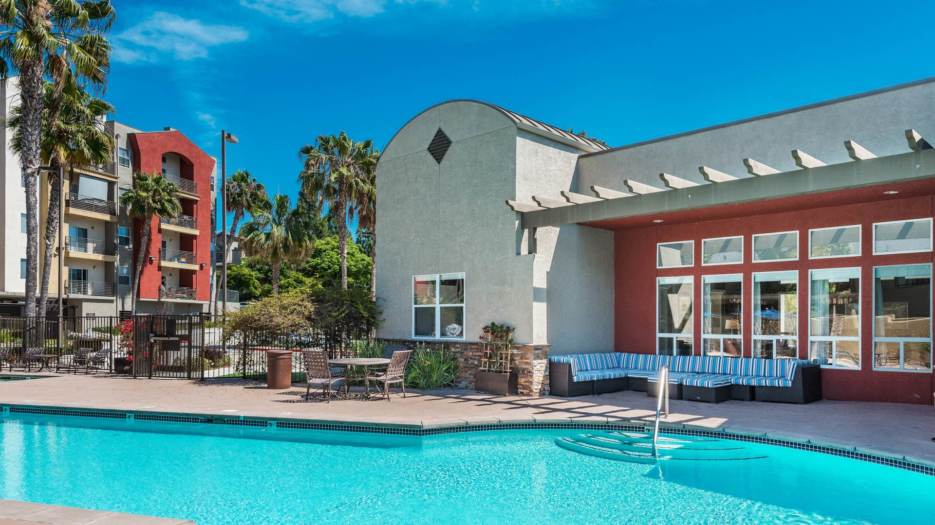 Del Mar Ridge Apartments - Swimming Pool