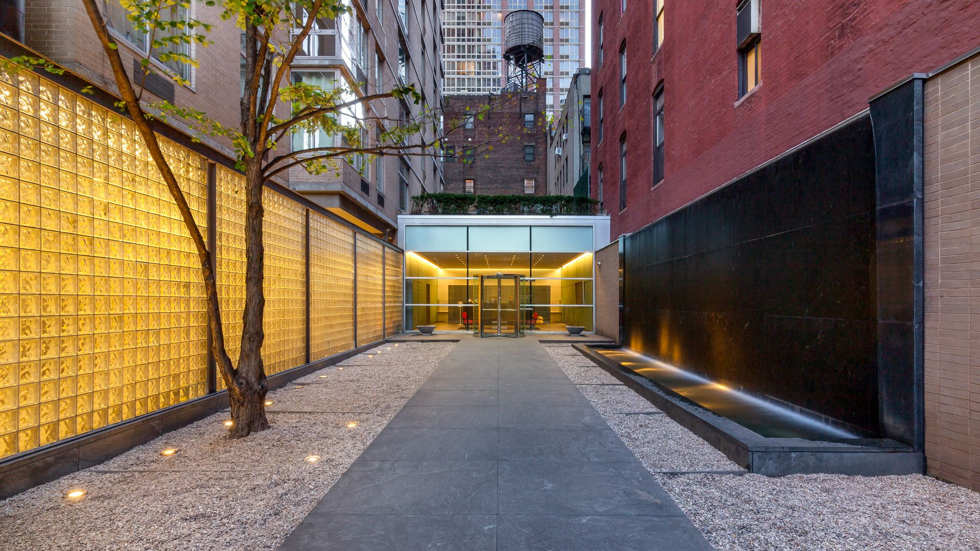 777 Sixth Avenue Apartments - Entrance
