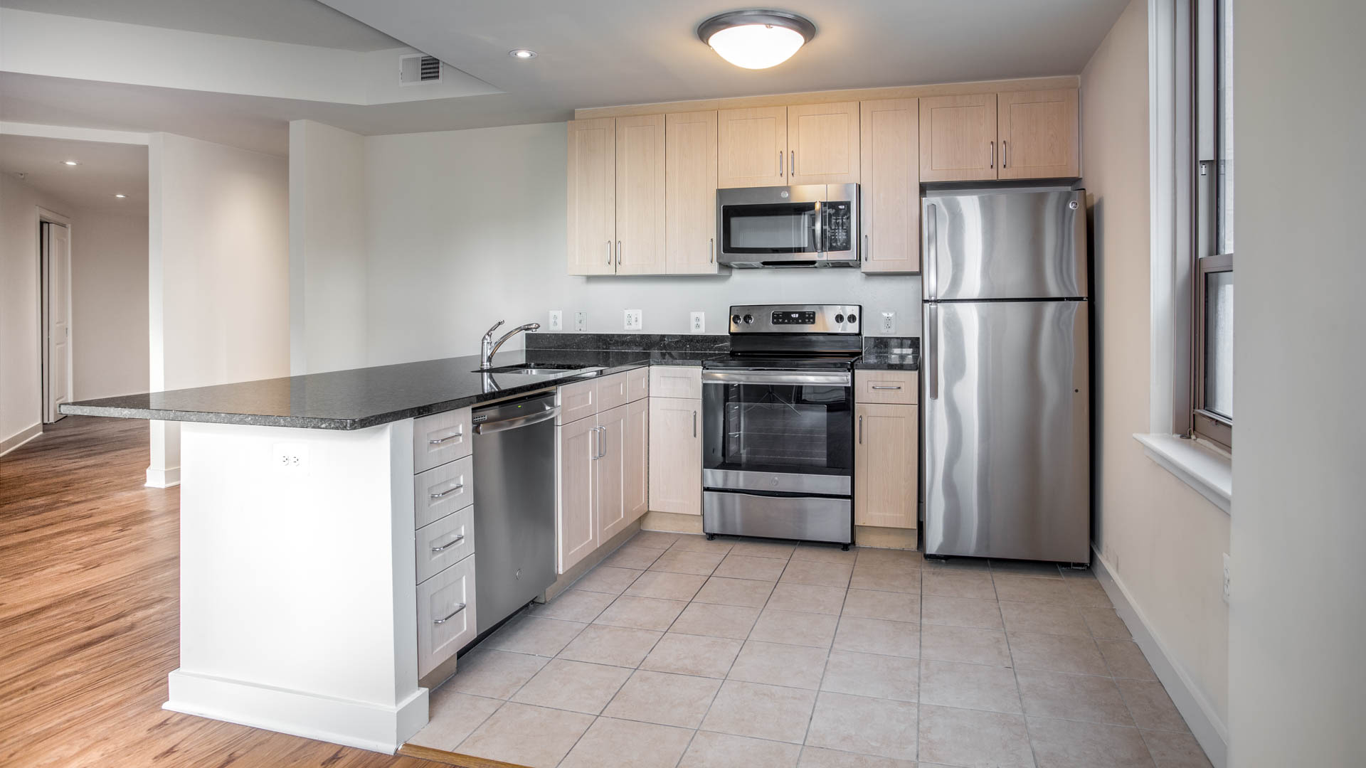 Liberty Park Apartments - Kitchen