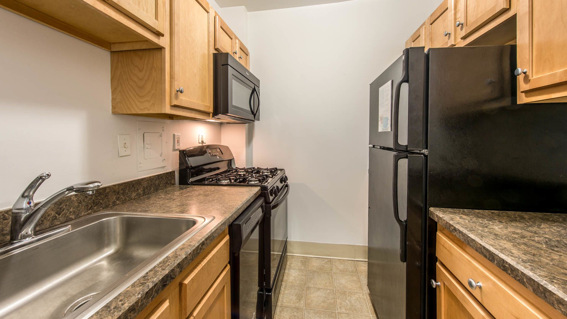 Walden Park Apartments - Kitchen