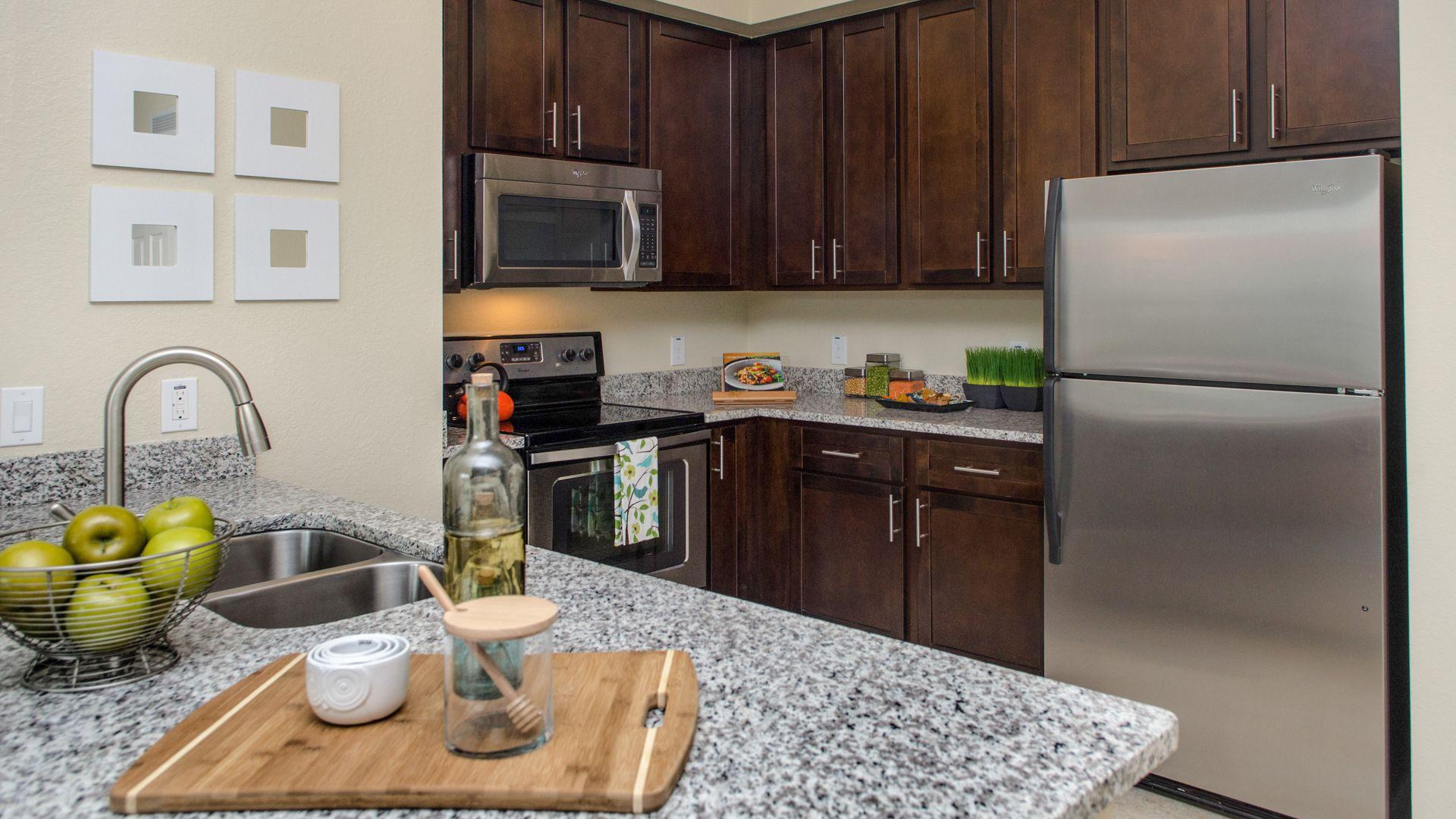Nexus Sawgrass Apartments - Kitchen