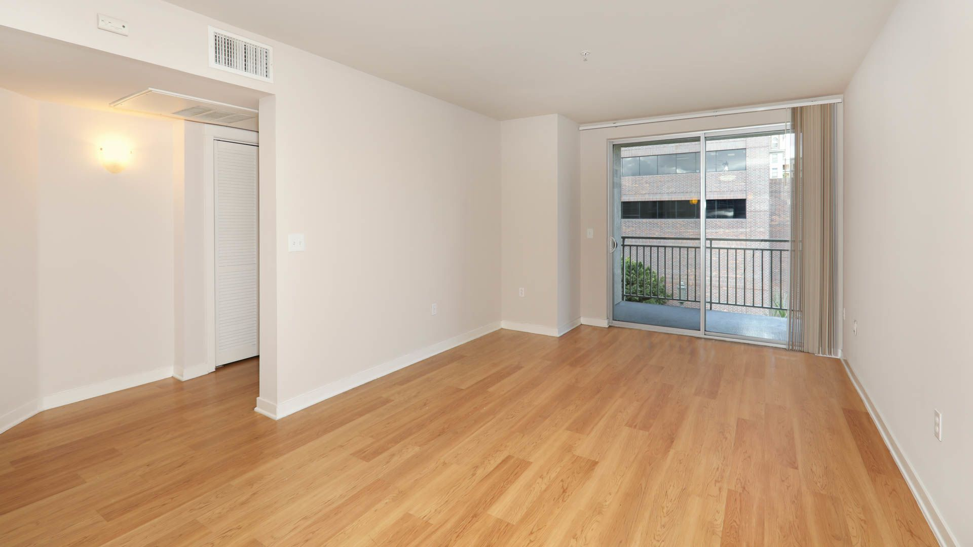 Glo Apartments - Mid City West, Los Angeles - 1050 ...