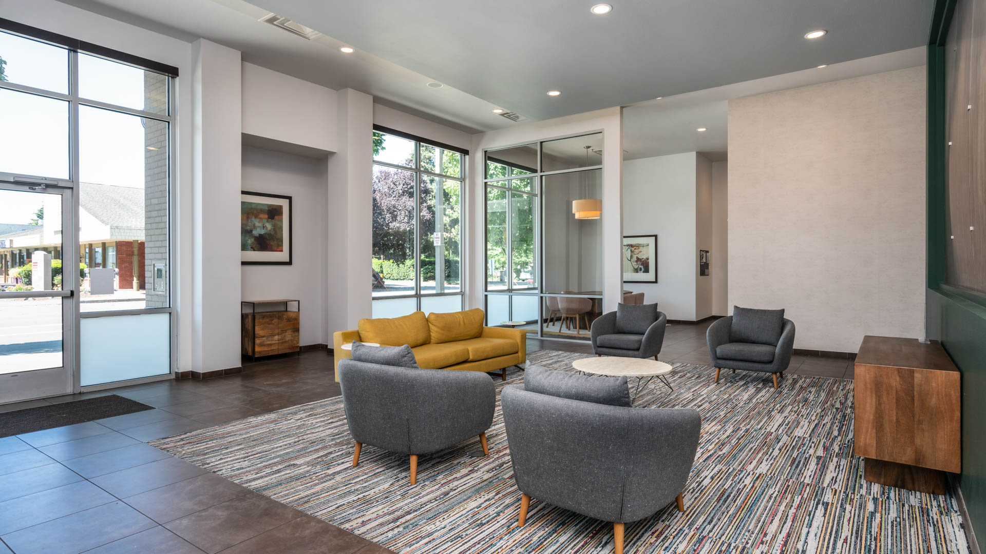 Veloce Apartments - Lobby
