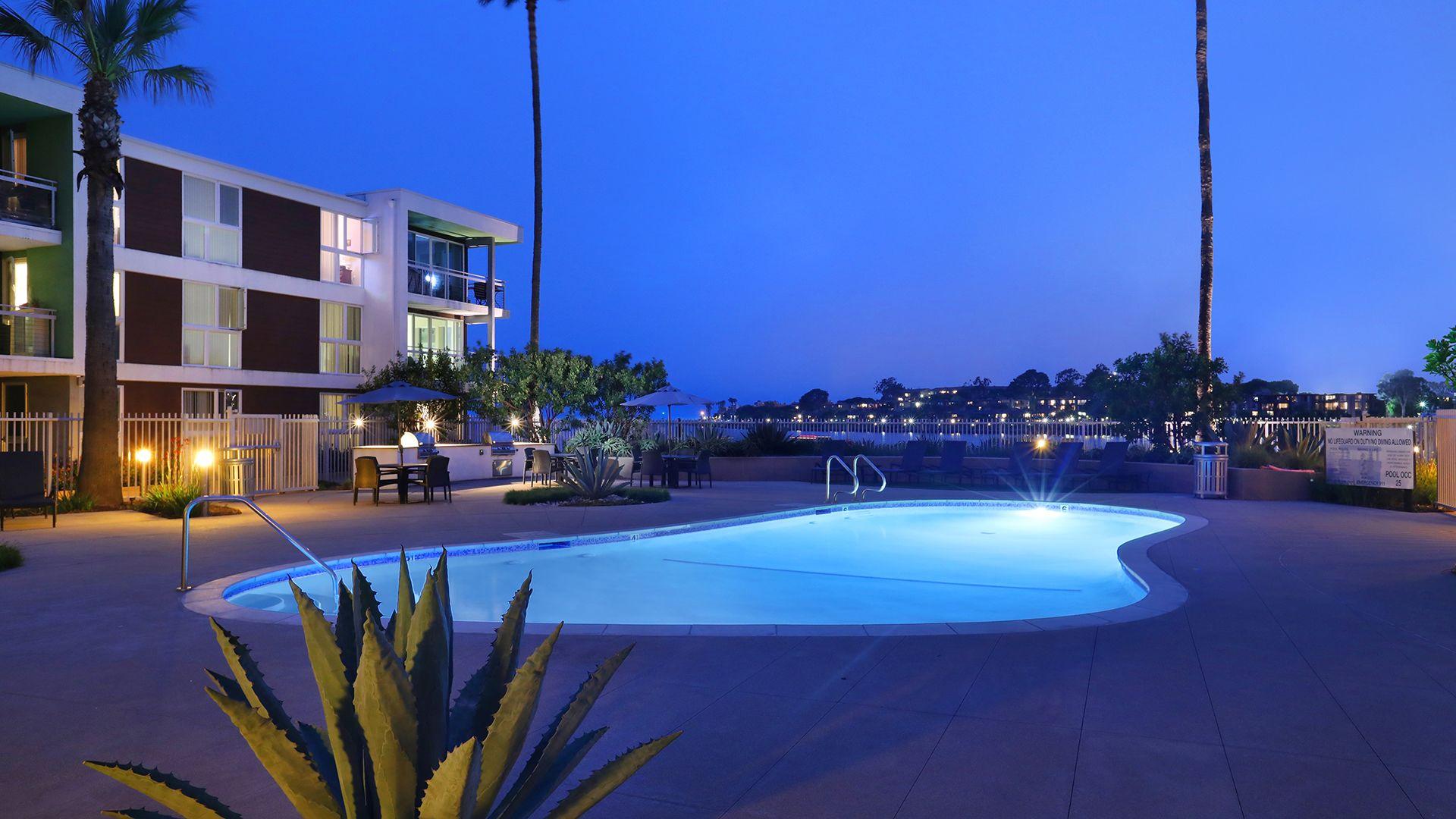 Breakwater at Marina del Rey - Swimming Pool