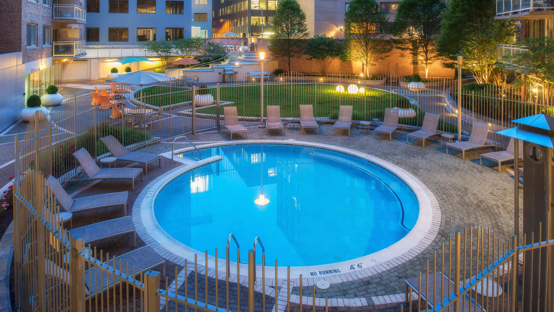 The Flats at Dupont Circle Apartments - Swimming Pool
