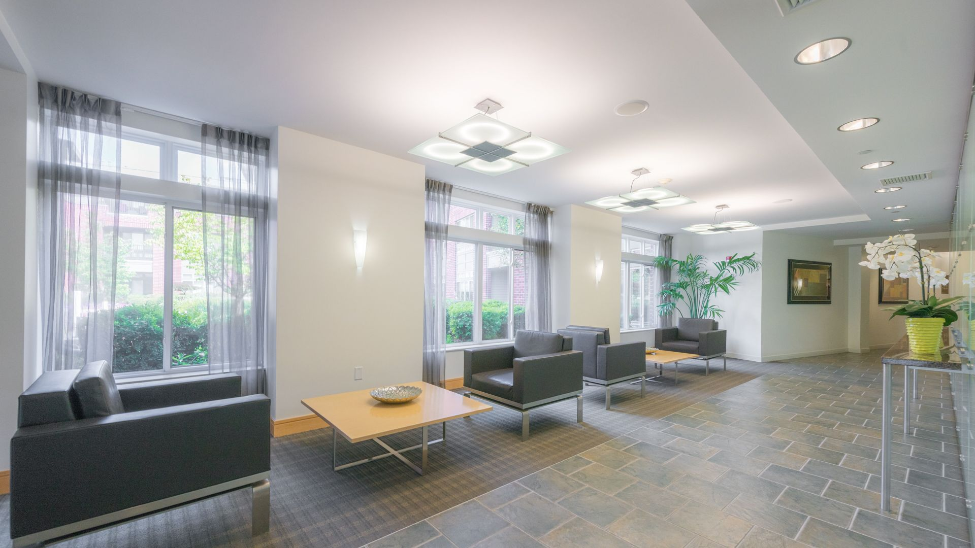 Watertown Square Apartments - Lobby