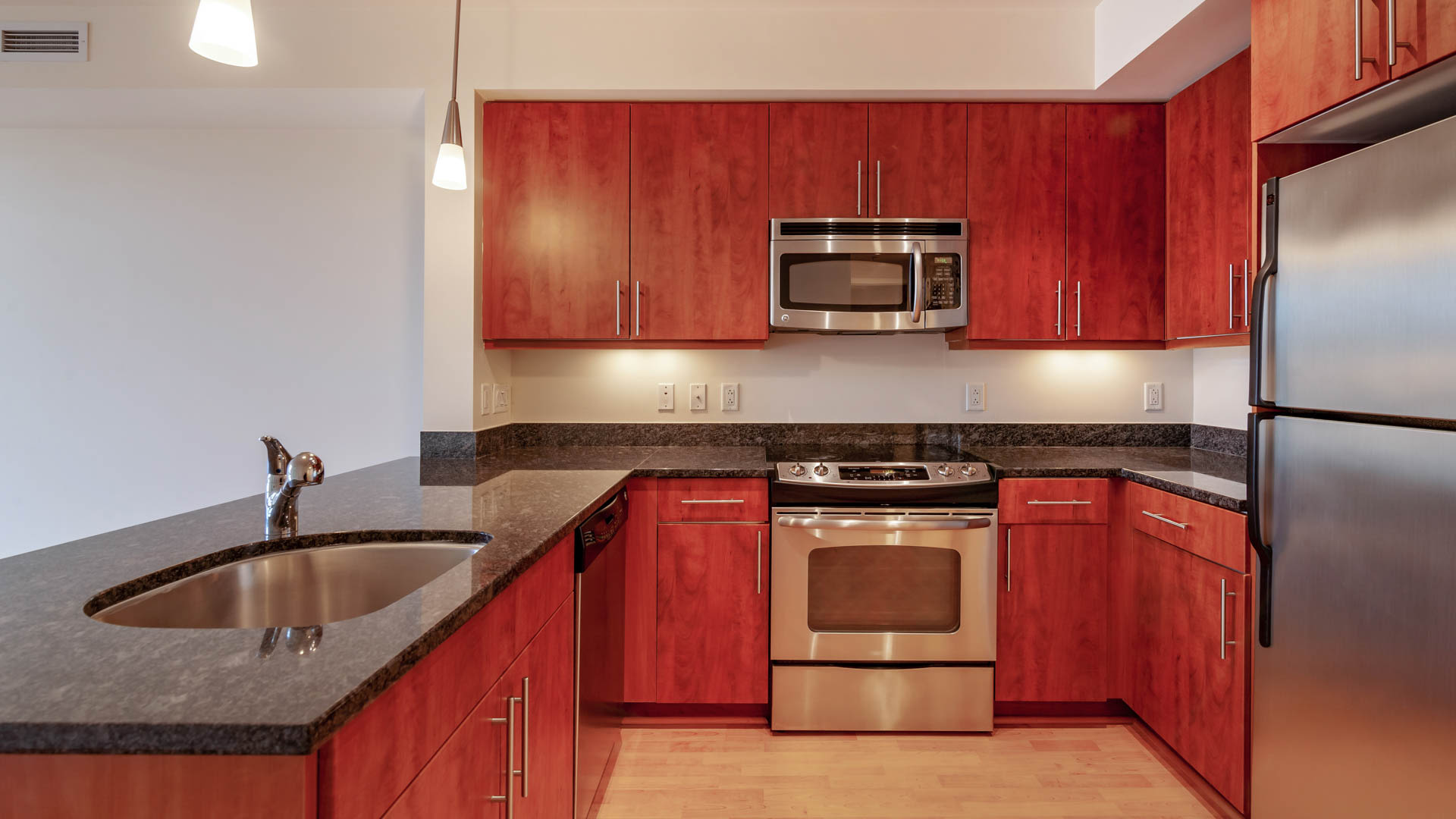 Wisconsin Place Apartments - Kitchen
