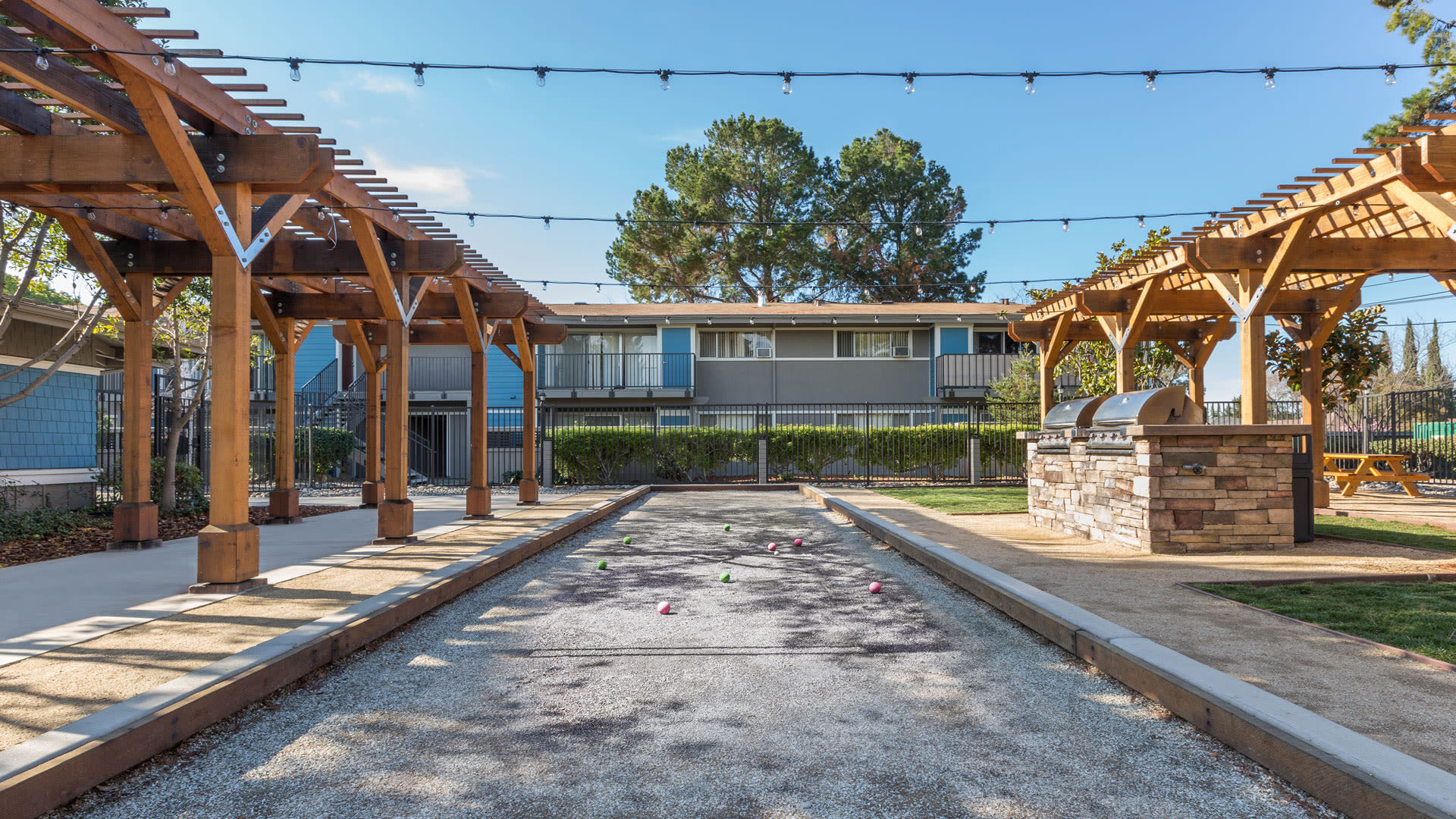 Reserve at Mountain View Apartments - Bocce Ball Court