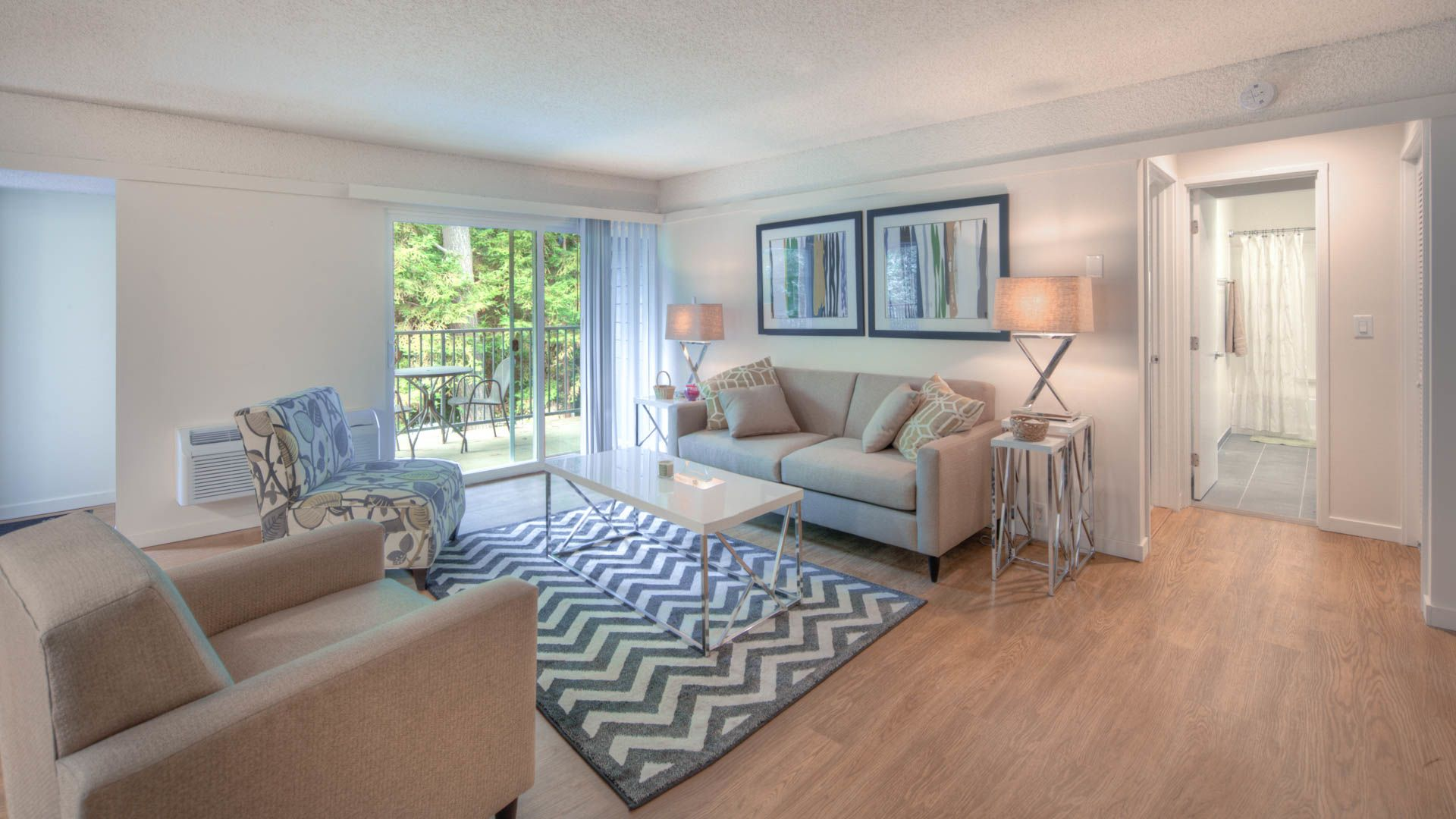 Reserve at Mountain View Apartments - Living Room