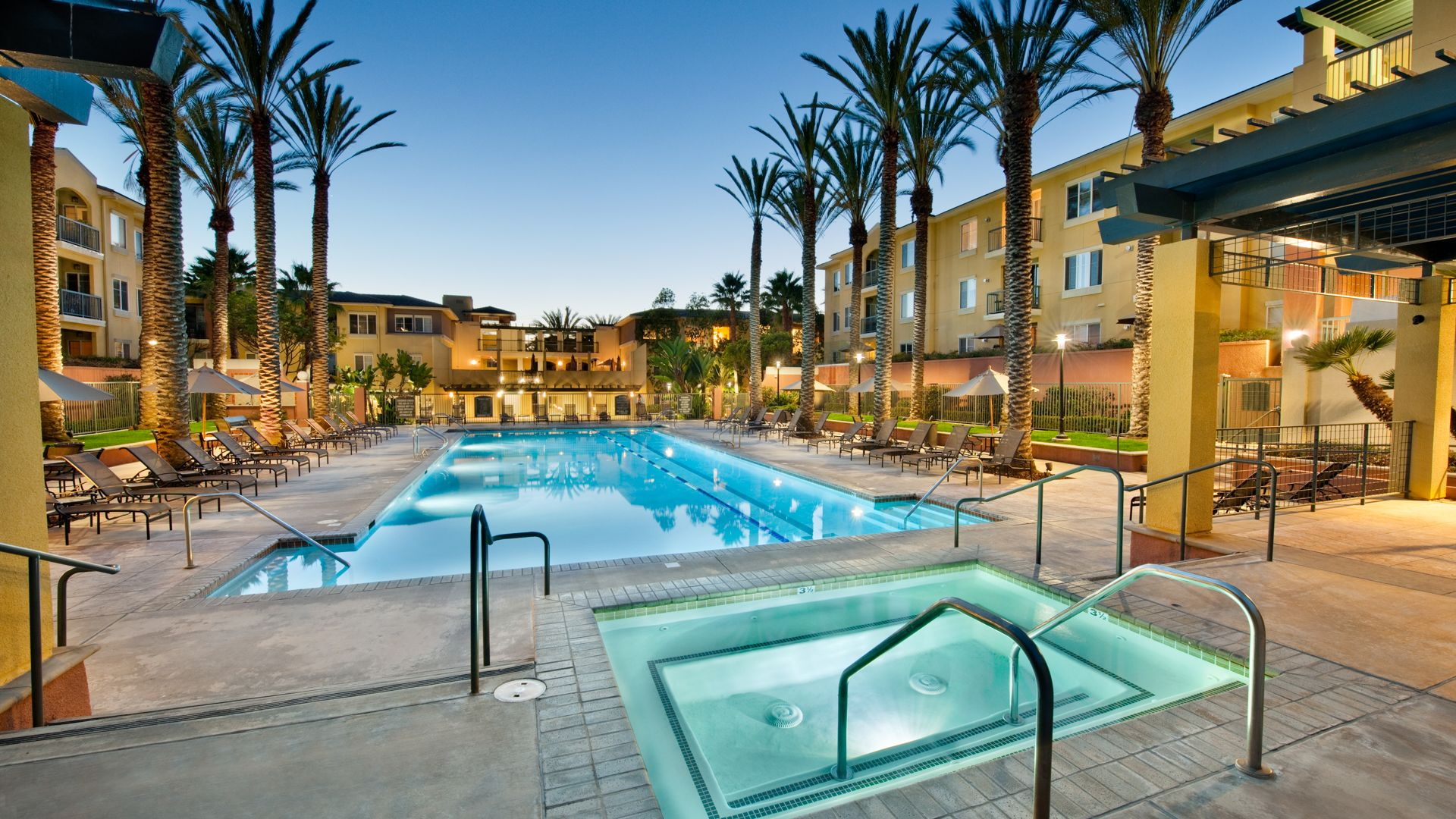 Marina 41 Apartments - Swimming Pool