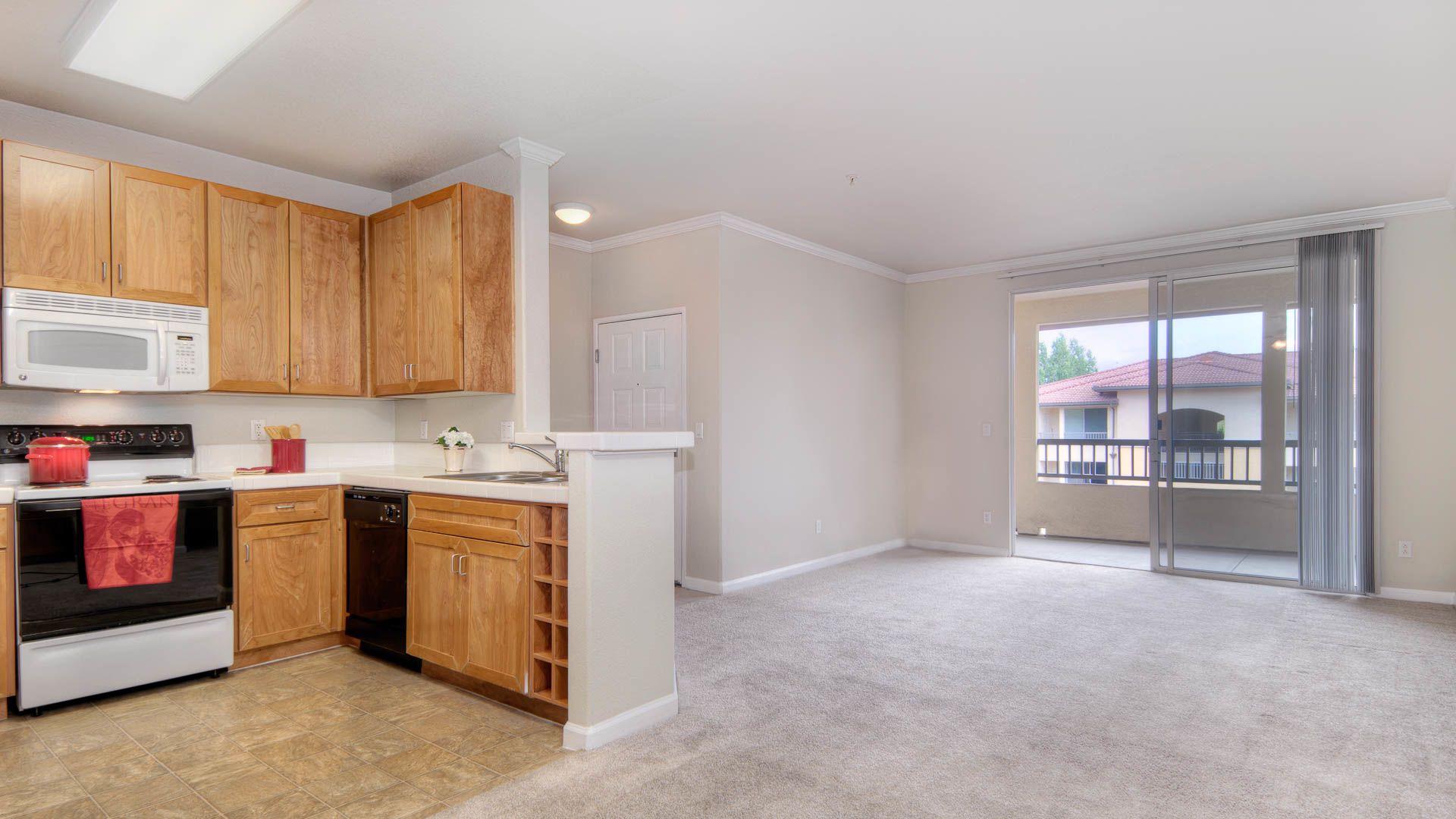 Estancia at Santa Clara Apartments - Living Room