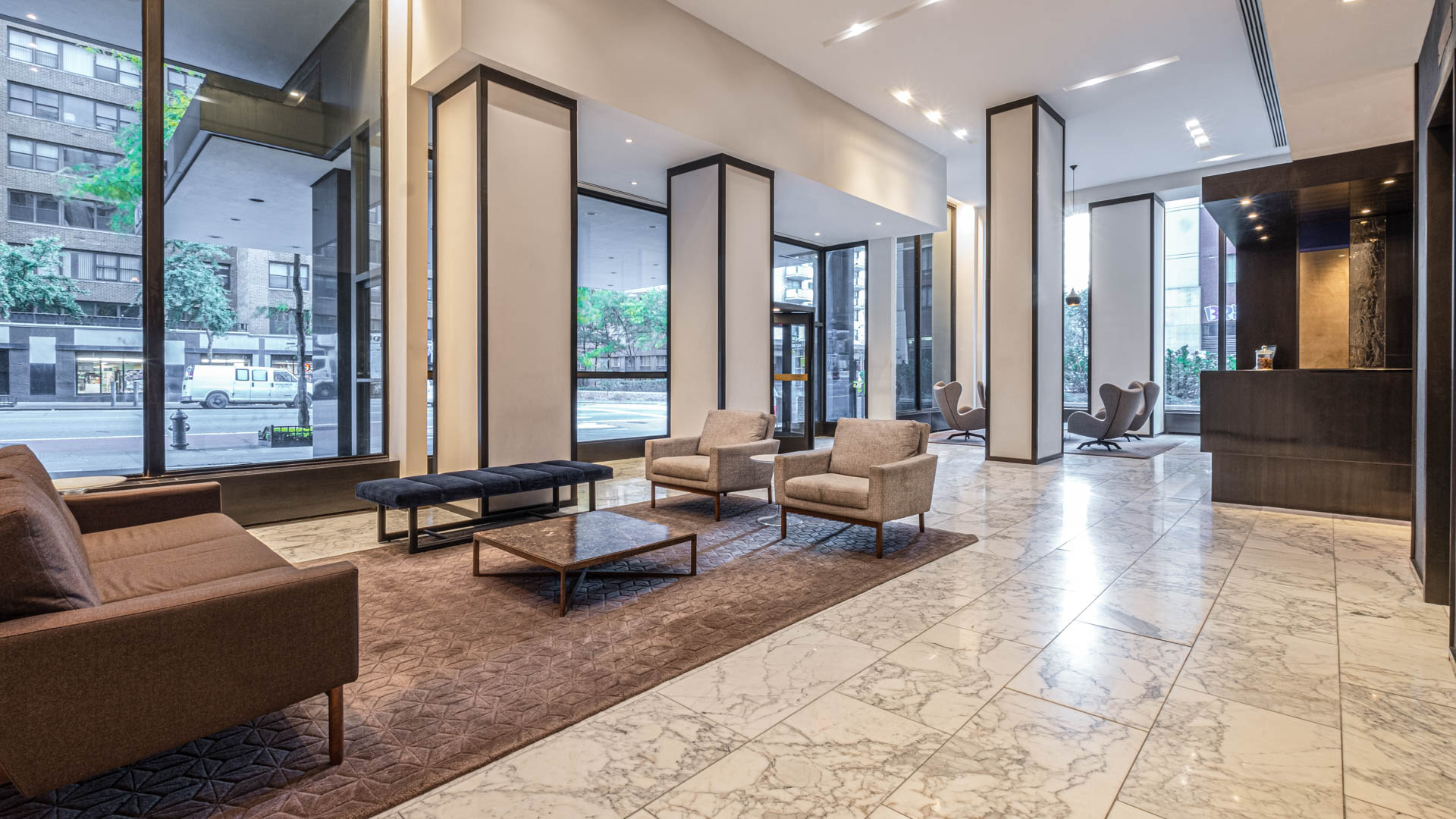 Murray Hill Tower Apartments - Lobby