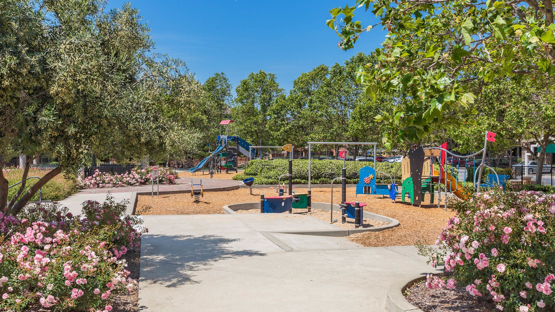 Park Hacienda Apartments - Playground