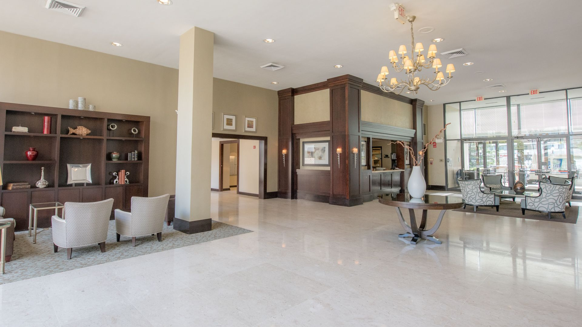 3003 Van Ness Apartments - Lobby