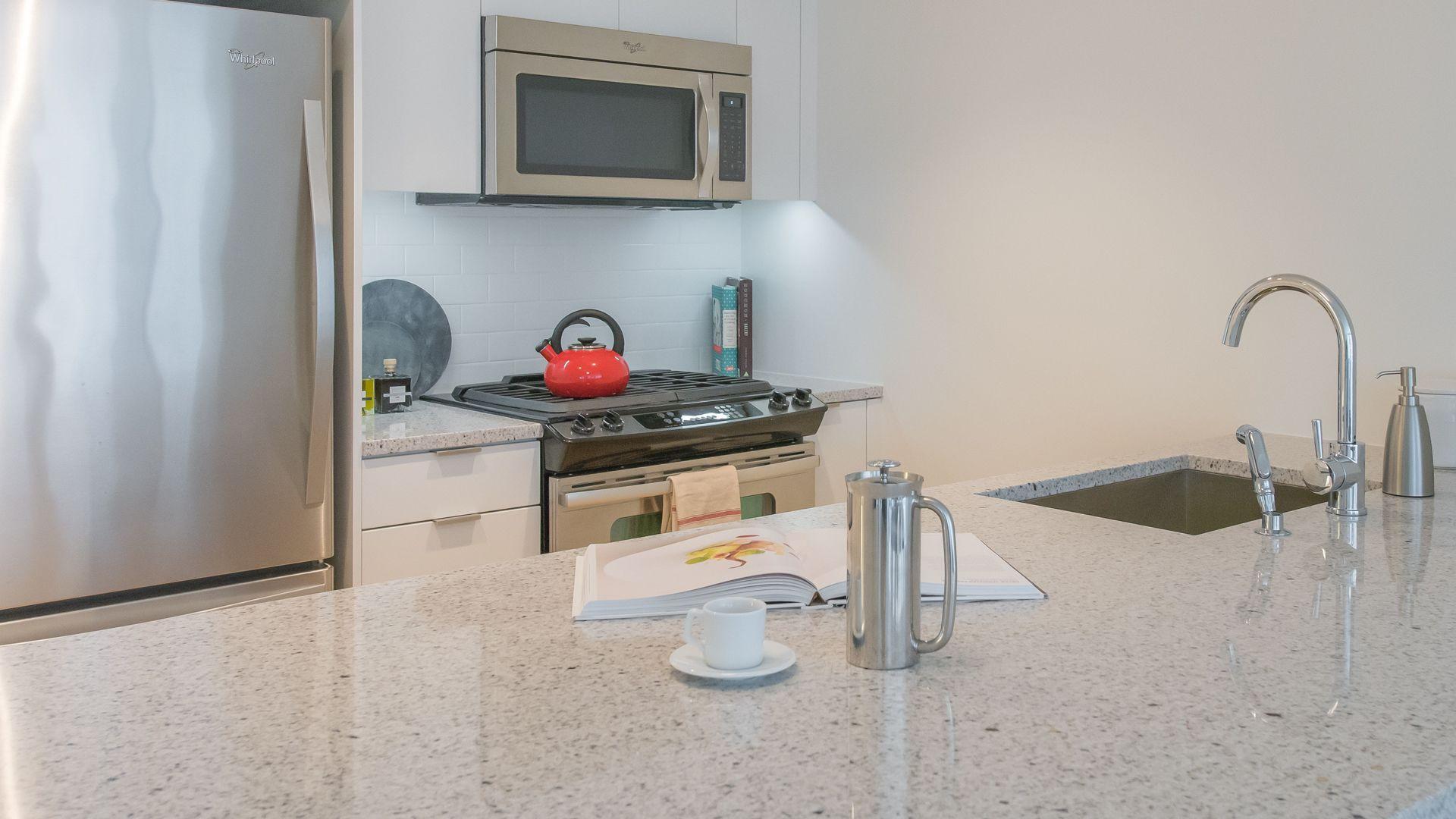170 Amsterdam Apartments 170 Amsterdam Apartments   Kitchen With Granite  Countertops ...