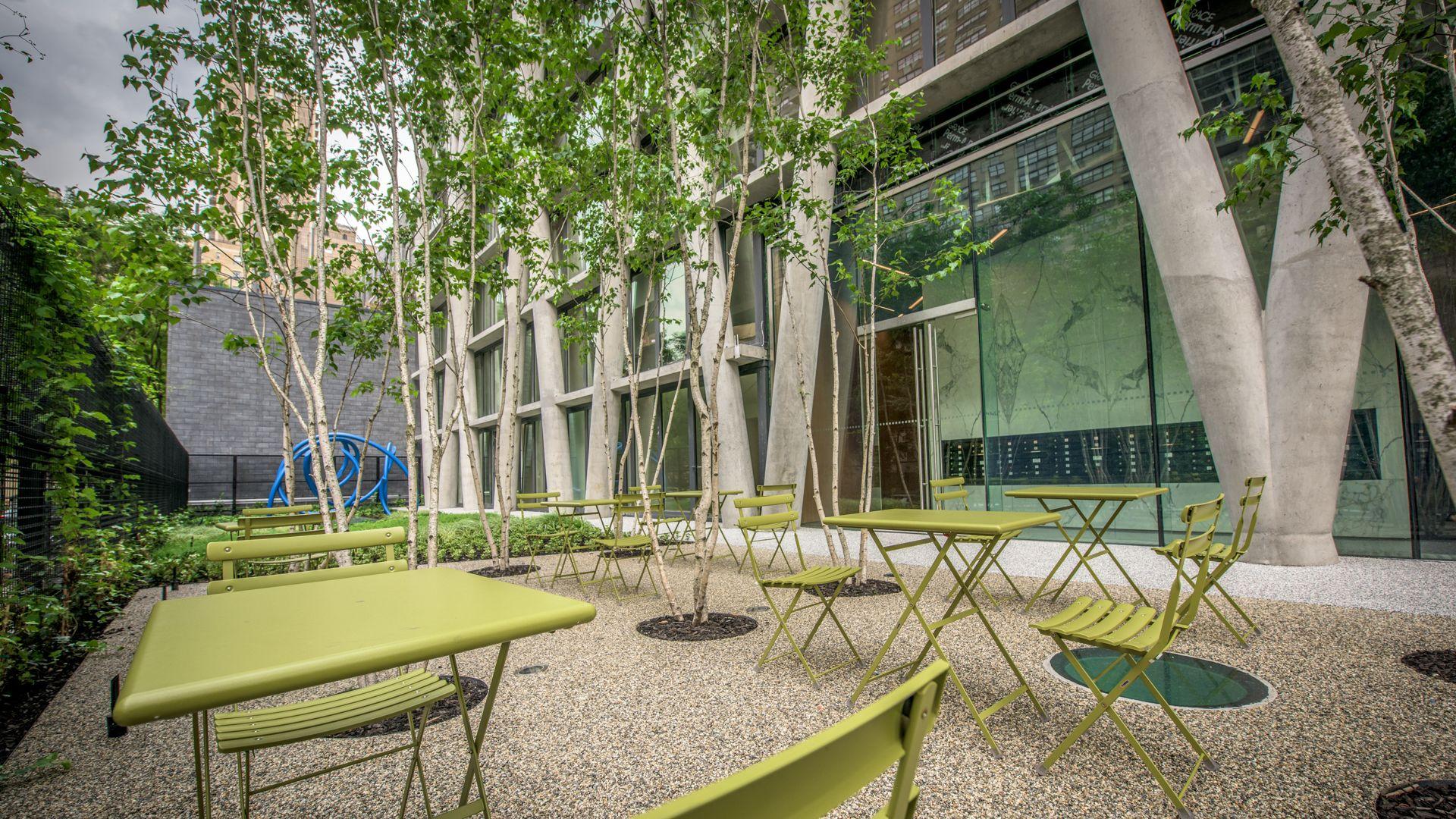 170 Amsterdam Apartments - Garden Terrace