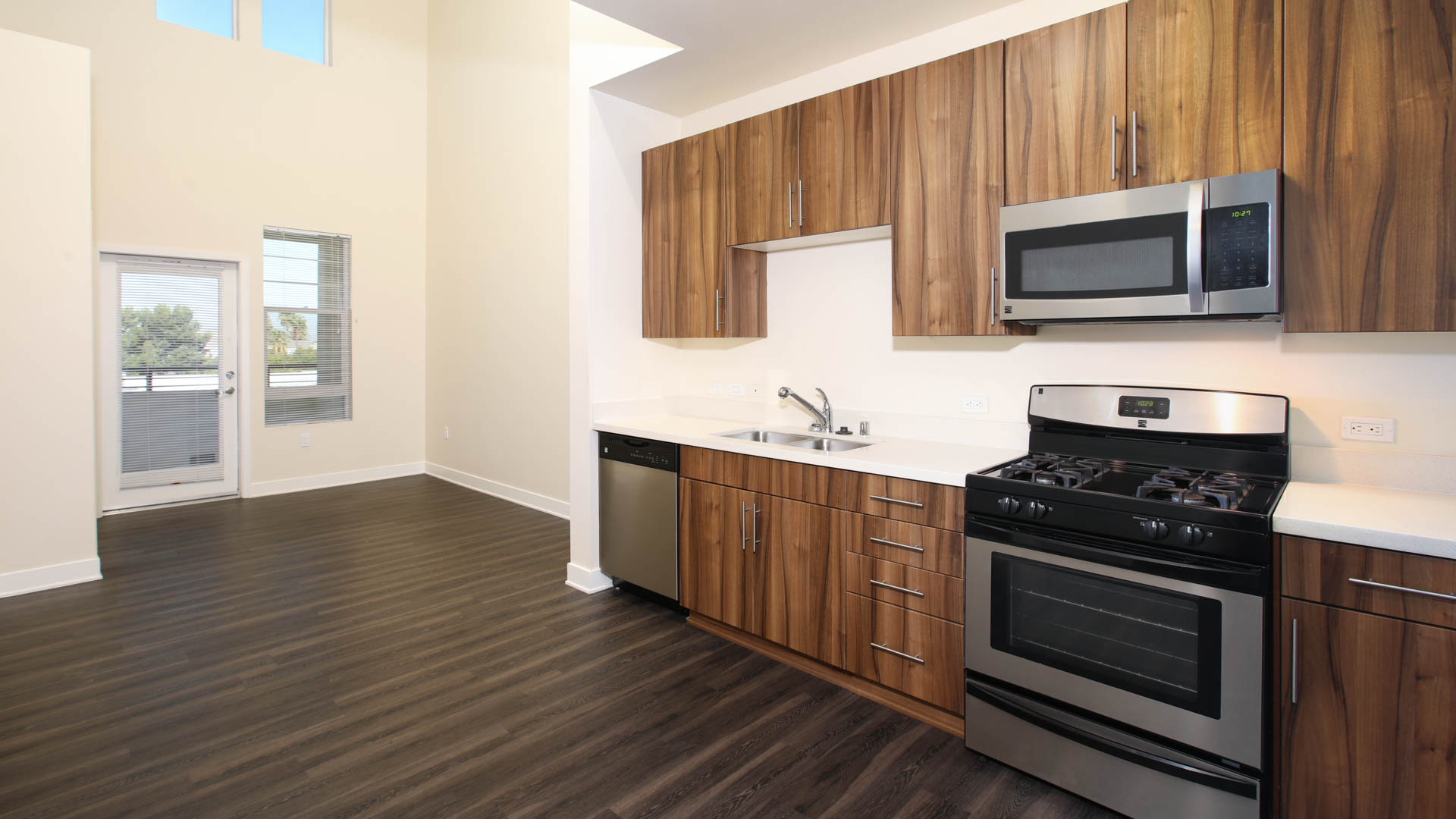 The Kelvin Apartments - Kitchen and Living Area