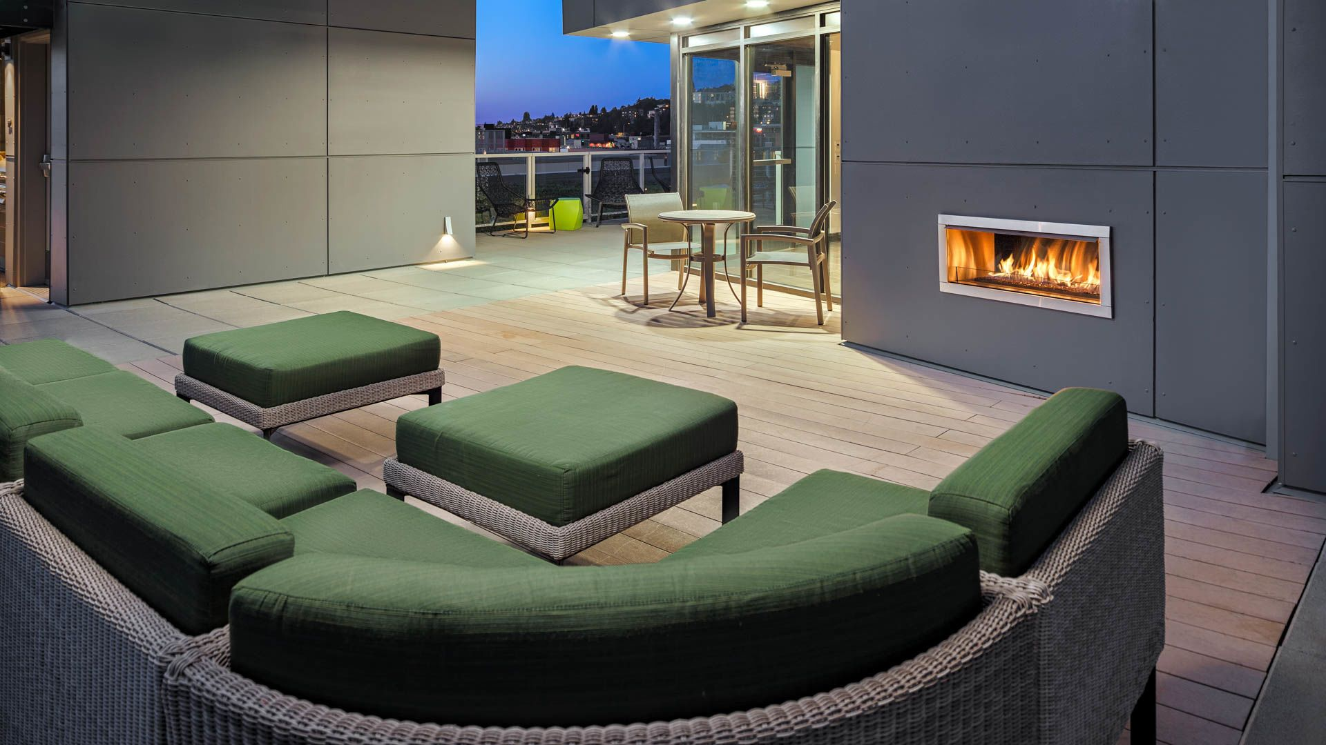 Cascade Apartments - Rooftop Lounge with Fireplace