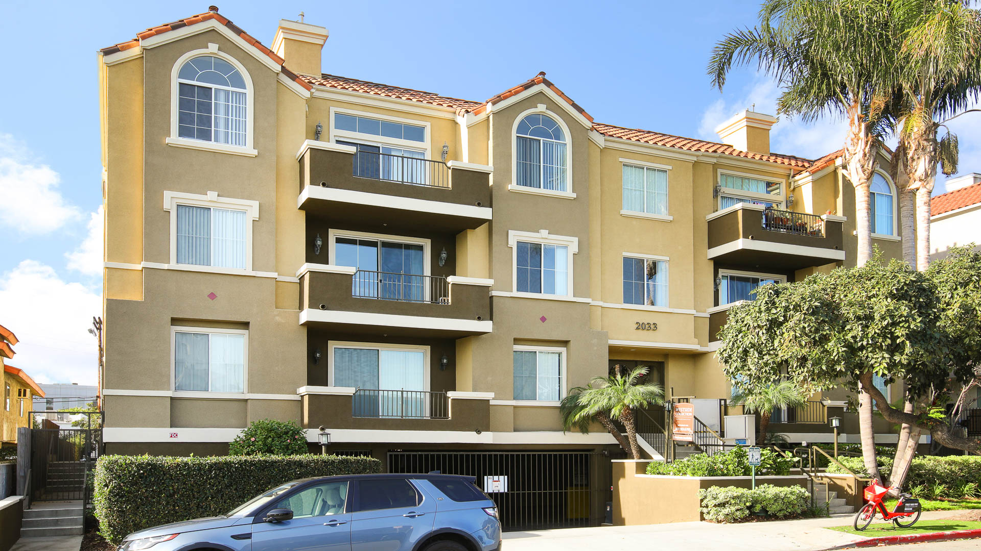 Westside on Beloit Apartments - Exterior