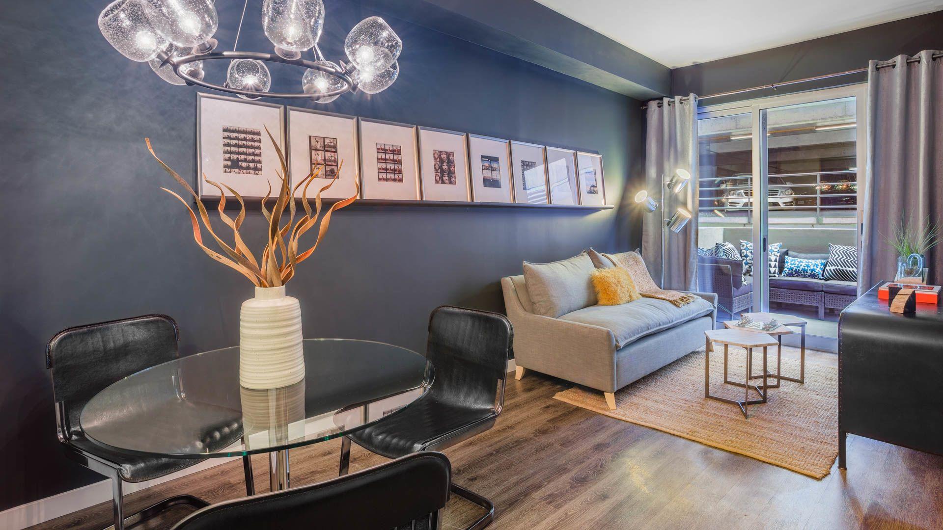 Radius Koreatown Apartments - Living Area