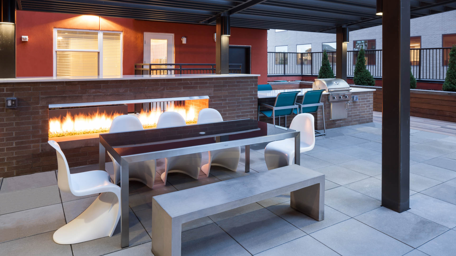Radius Uptown Apartments - Rooftop Lounge with Fireplace