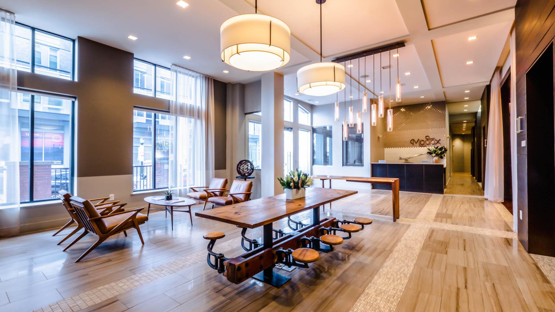 Madox Apartments - Lobby