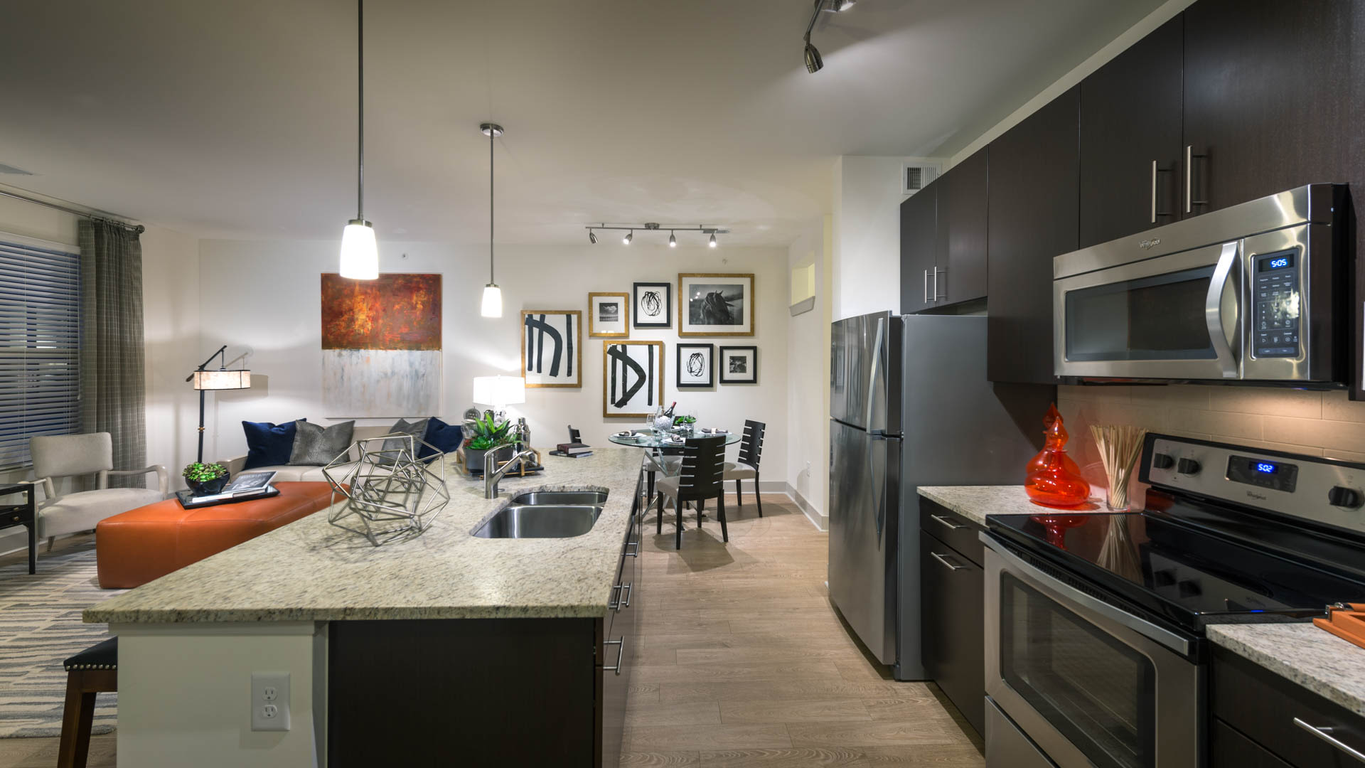 Axis at Shady Grove Apartments - Kitchen