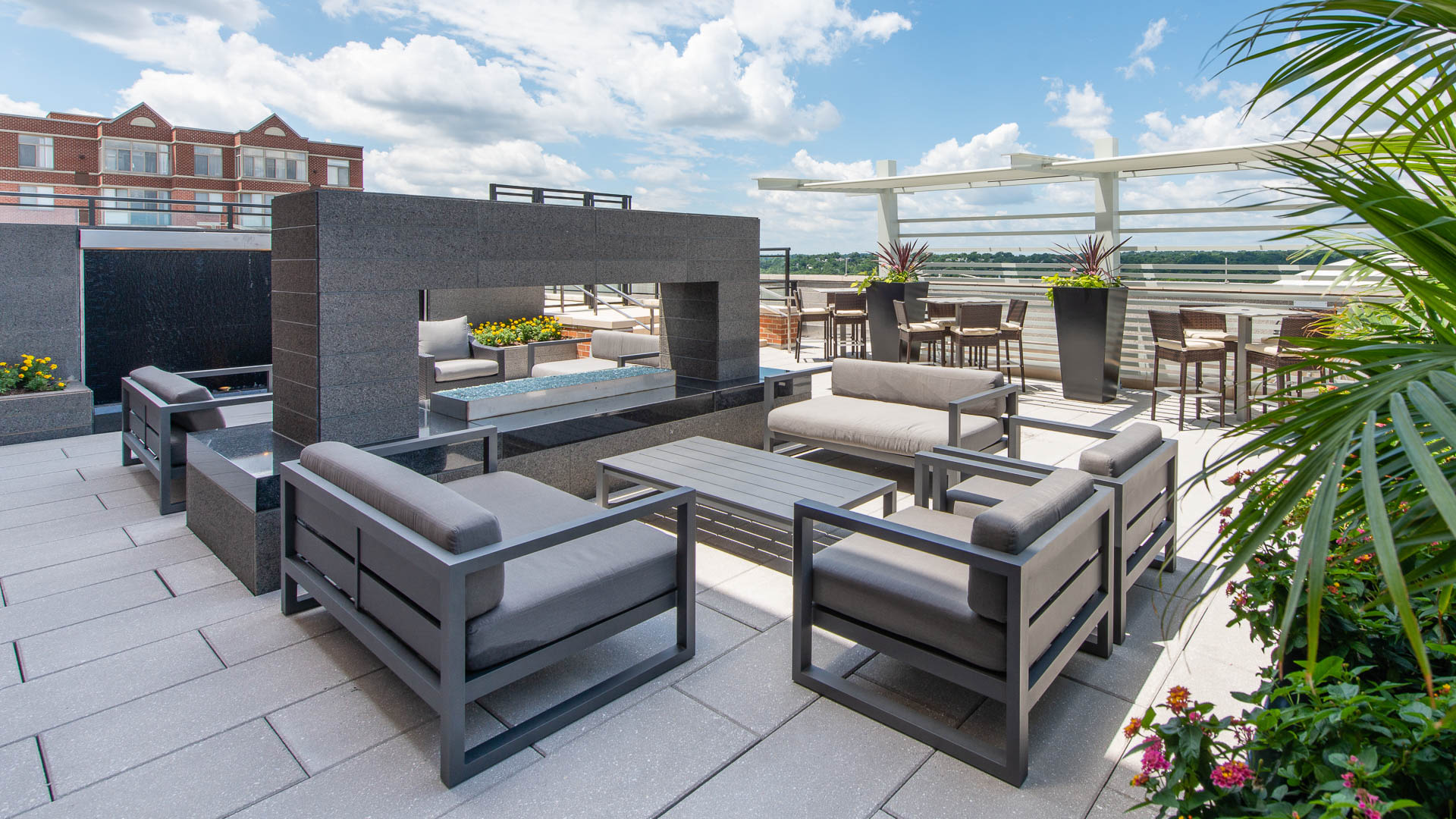 The Dalton Apartments - Rooftop Terrace