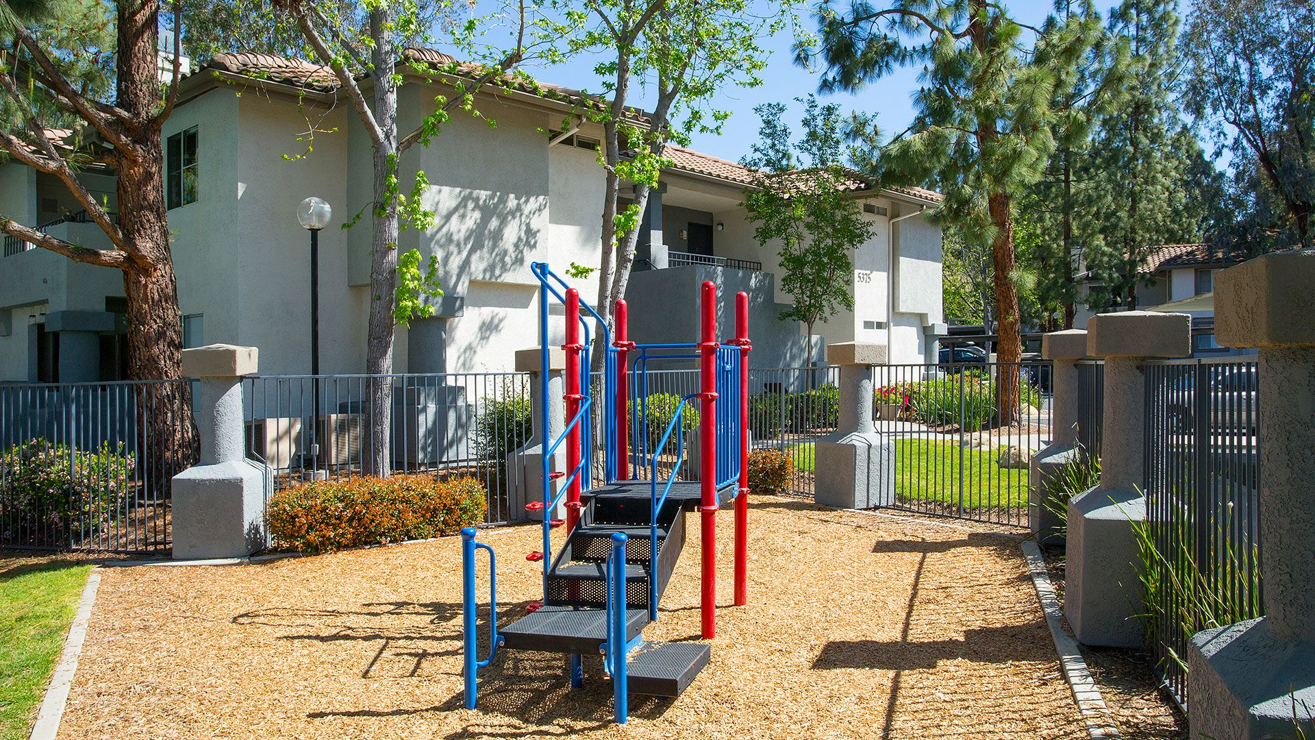 Oak Park Apartment Homes - Playground