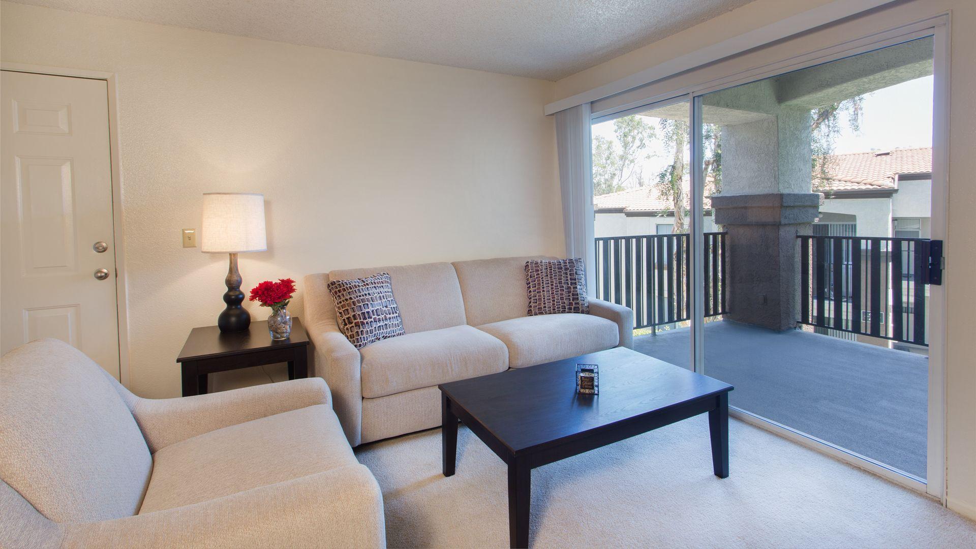 Portofino Apartments - Living Room