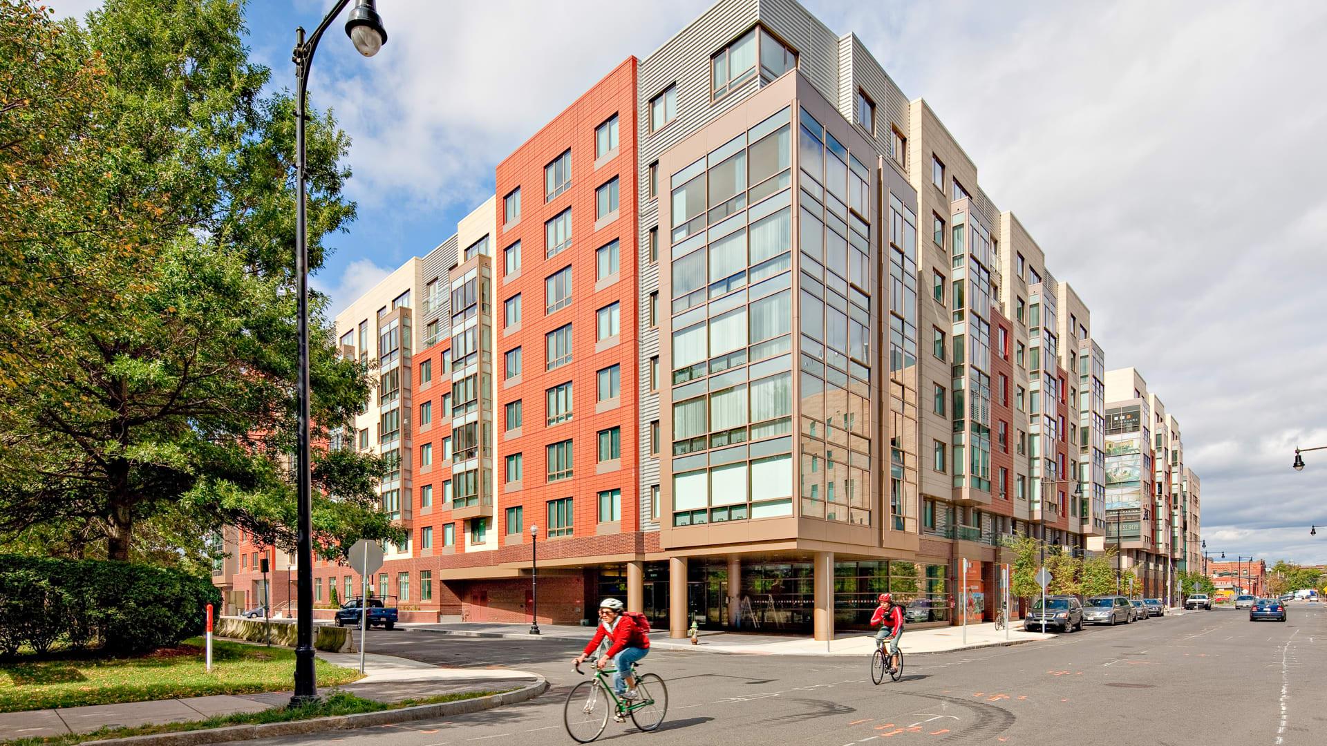 Third Square Apartments - Building