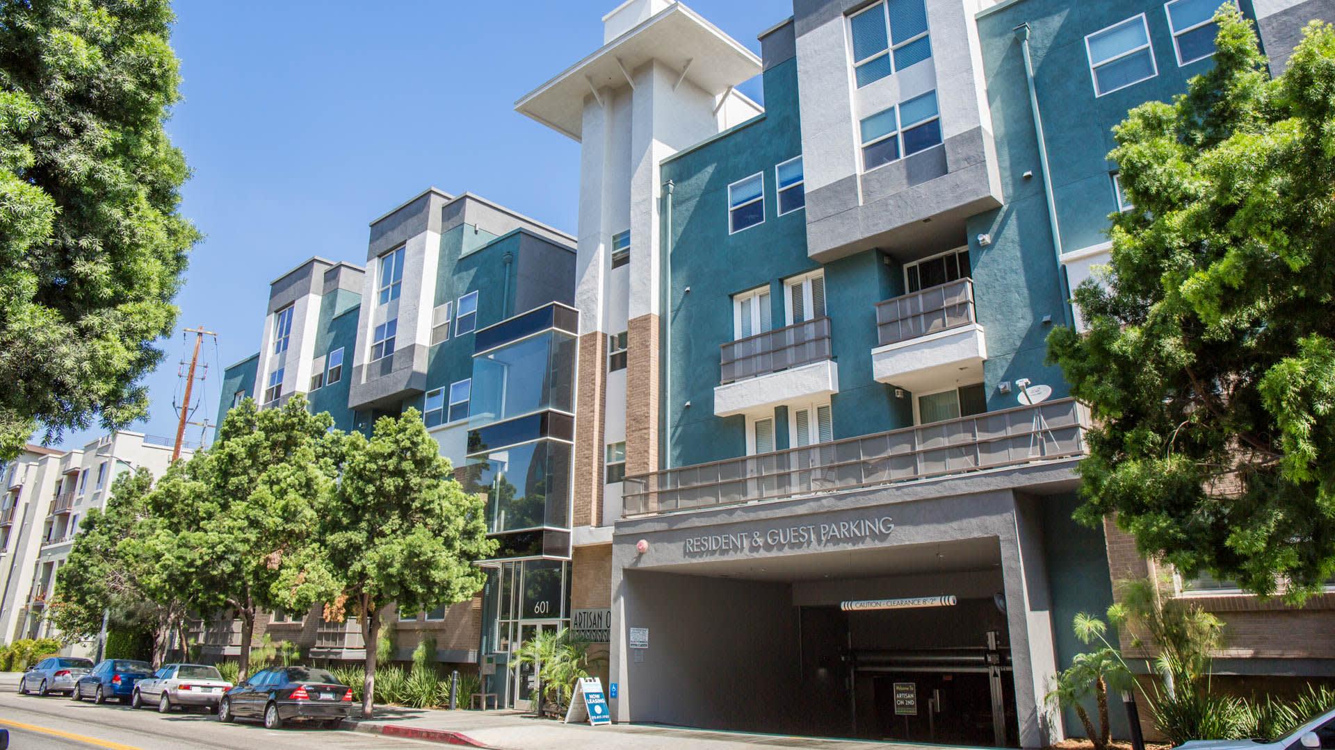 Artisan on 2nd Apartments - Exterior