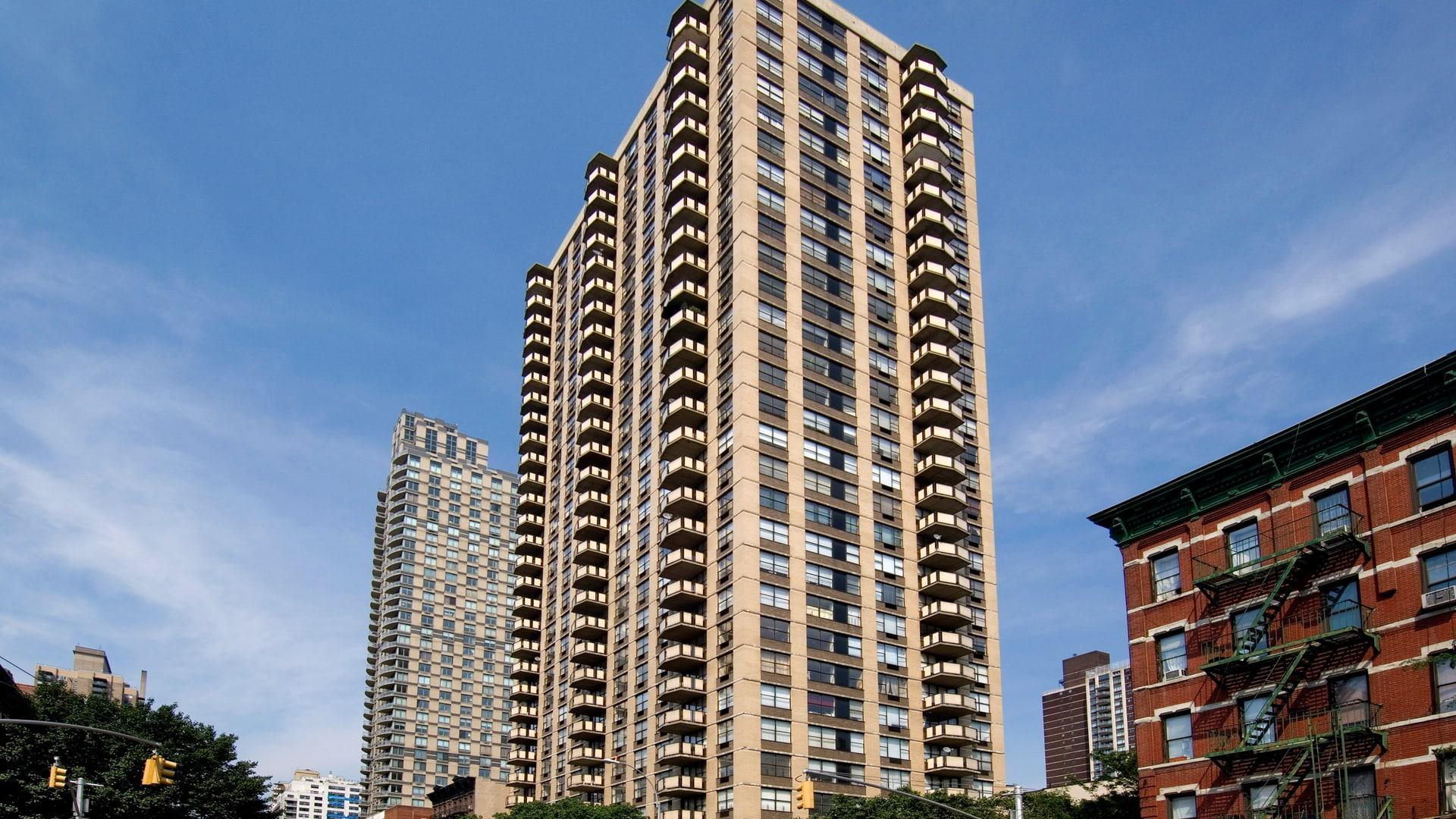 303 East 83rd Apartments - Exterior