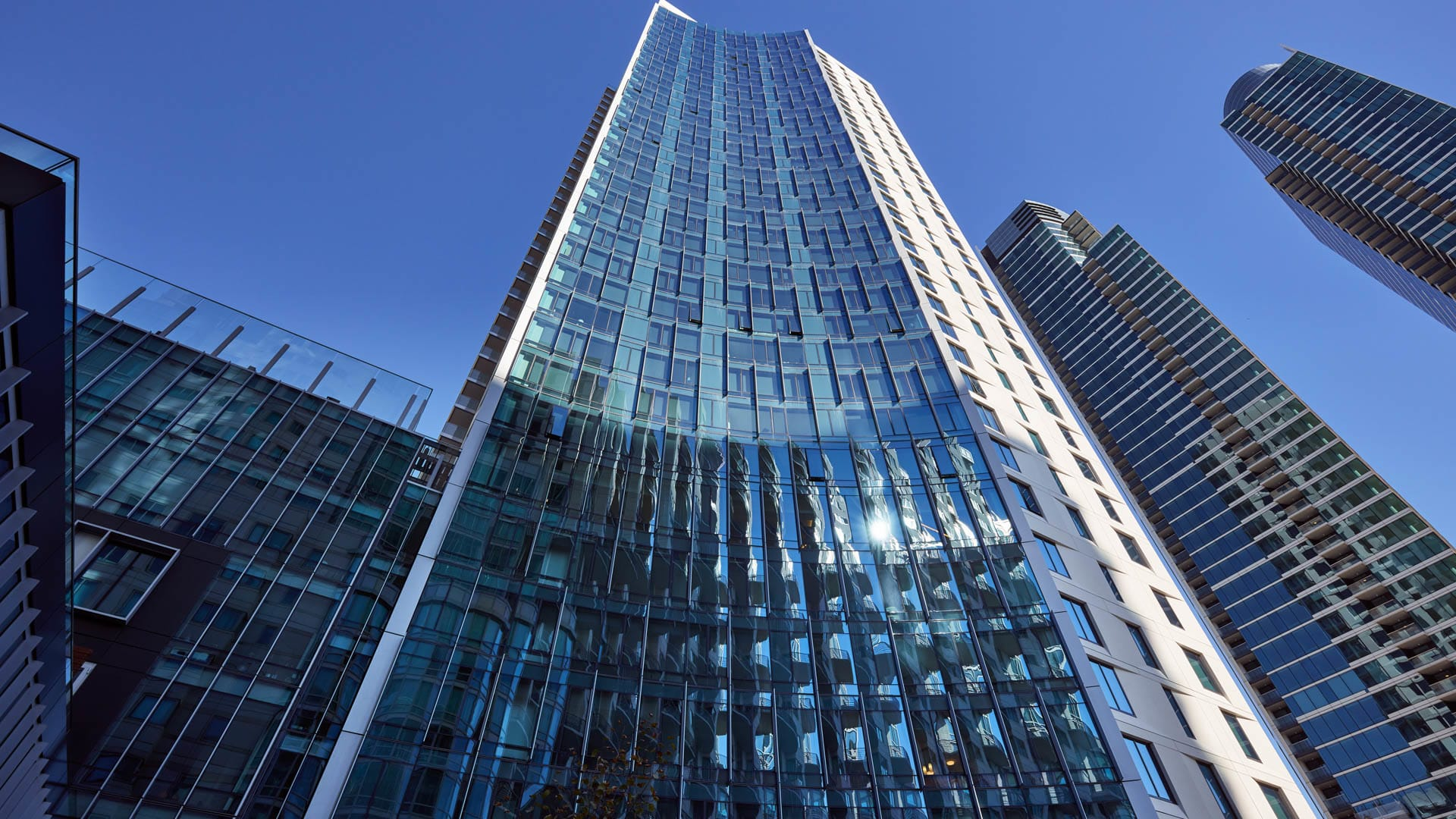 340 Fremont Apartments - Exterior