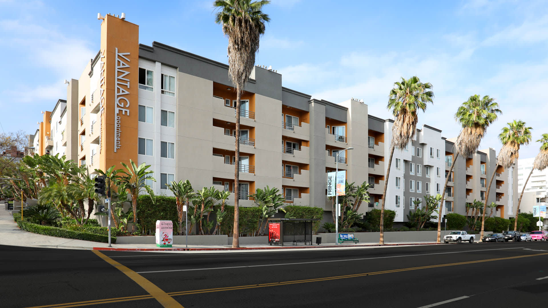 Vantage Hollywood Apartments - Exterior