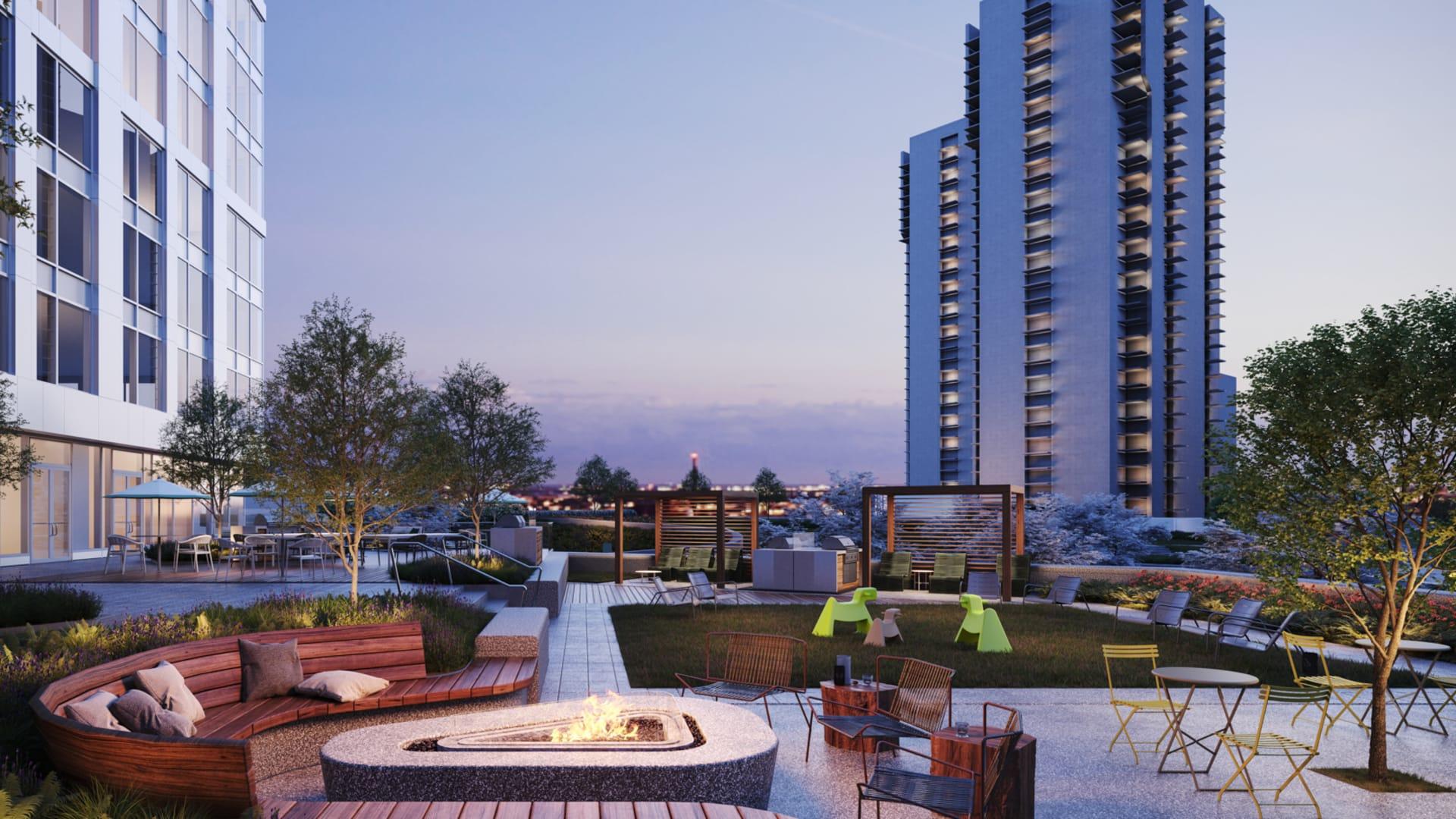 Alcott Apartments - Outdoor Terrace