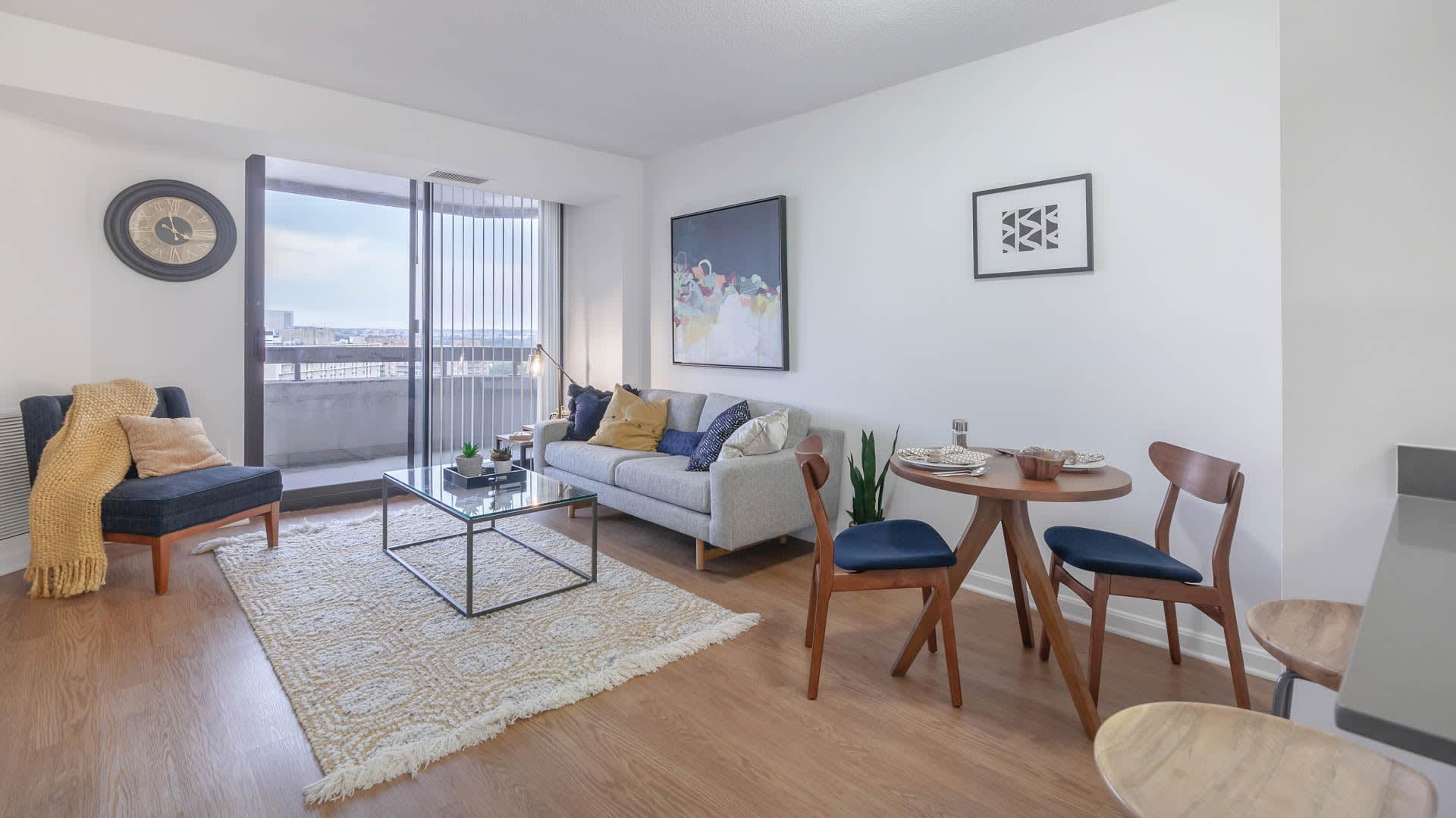 Marlowe Apartments - Living Room