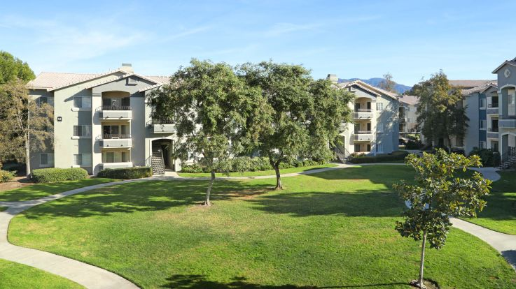Sonterra at Foothill Ranch Apartments - Exterior