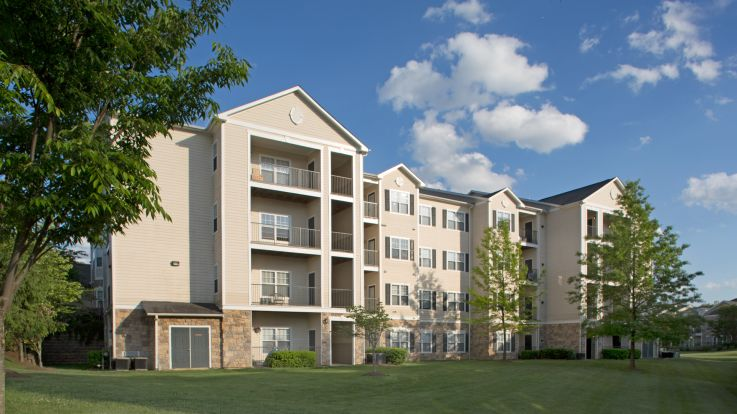 The Reserve at Fairfax Corner Apartments - Exterior